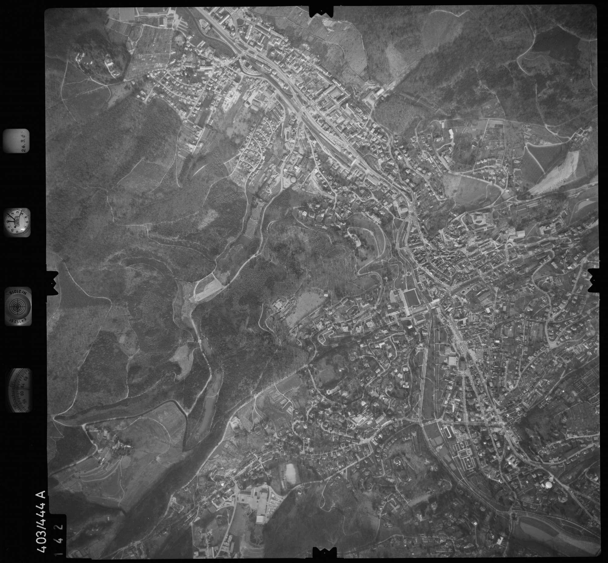 Luftbild: Film 8 Bildnr. 142, Bild 1