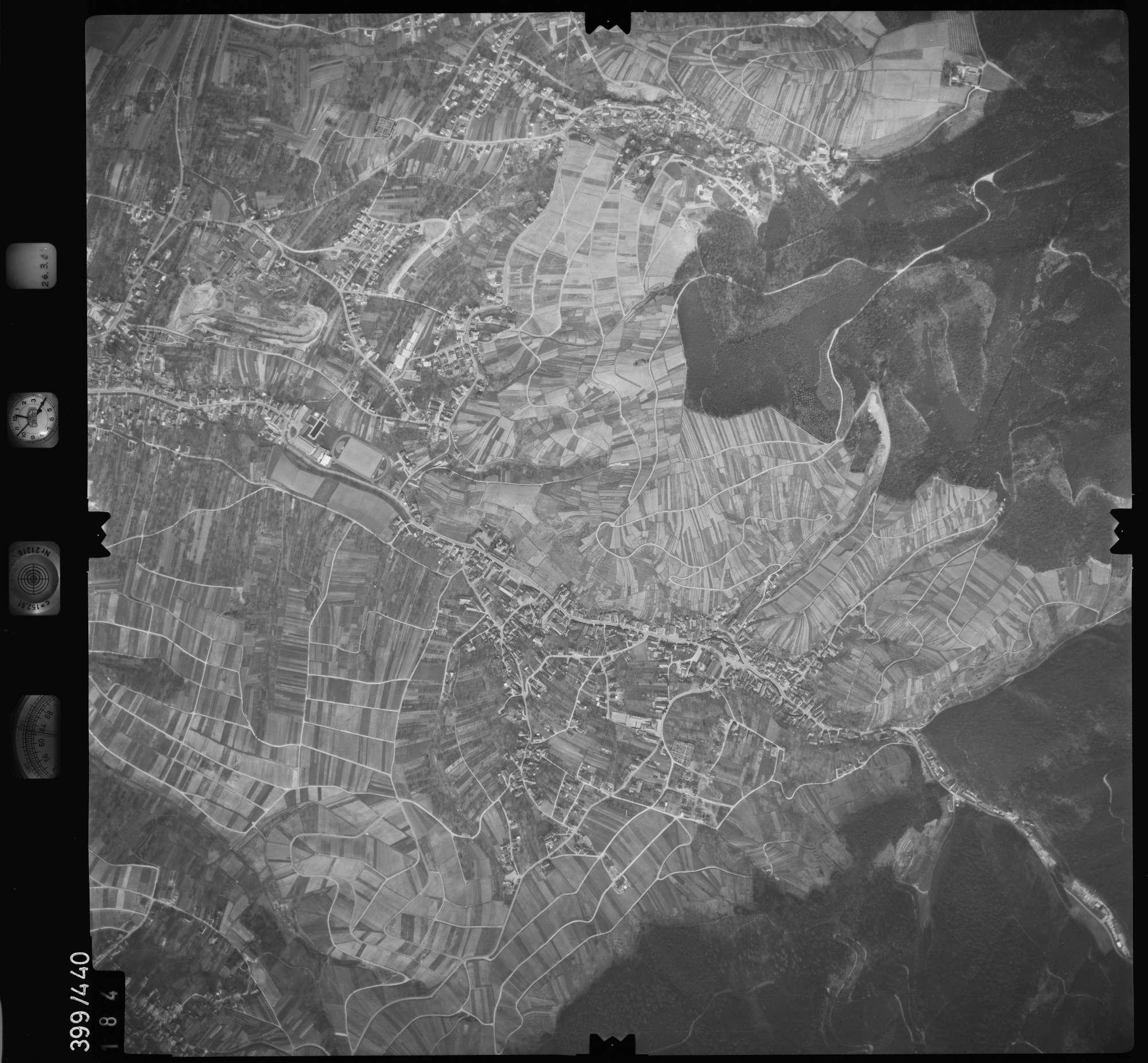 Luftbild: Film 8 Bildnr. 184, Bild 1