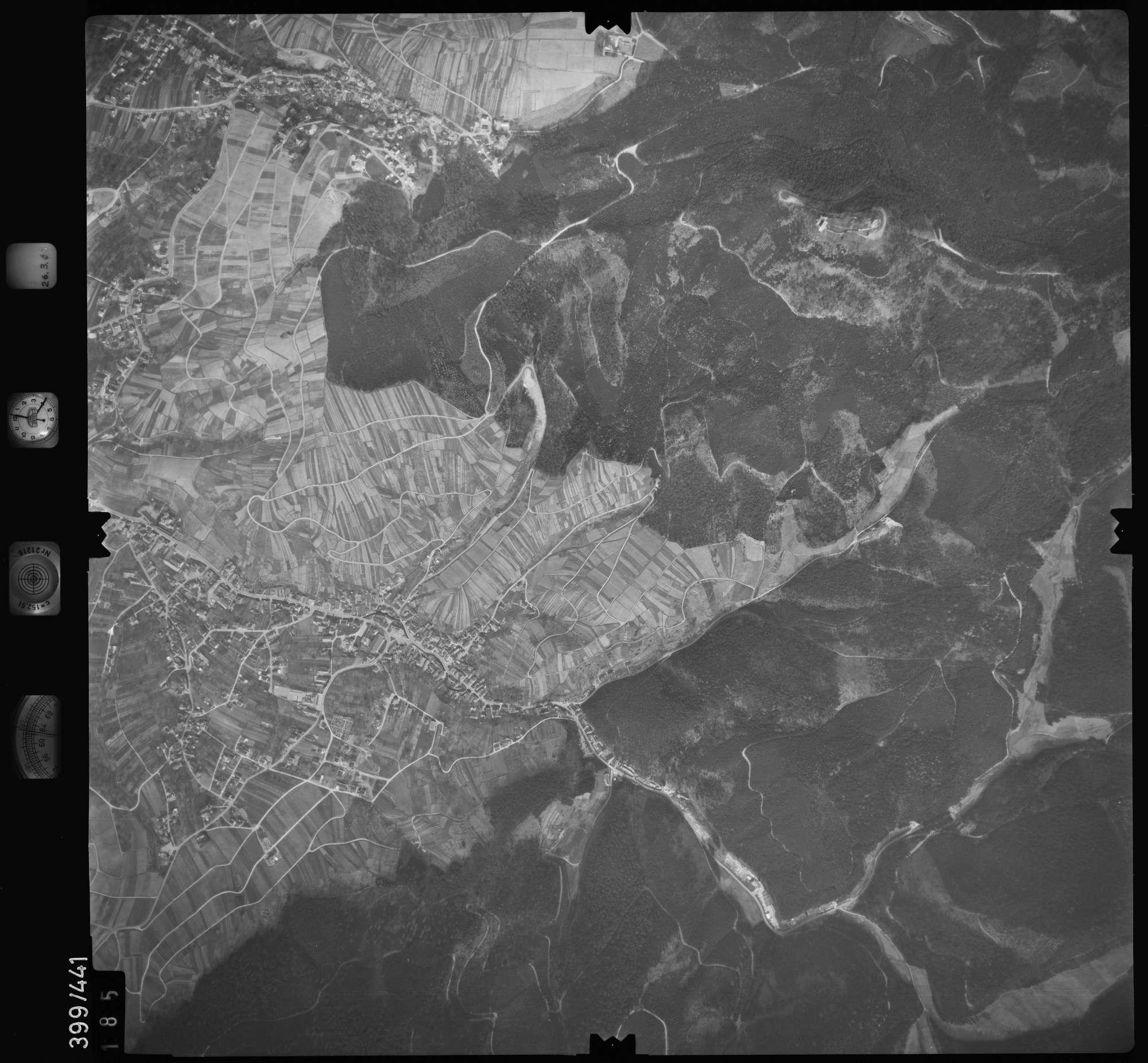 Luftbild: Film 8 Bildnr. 185, Bild 1