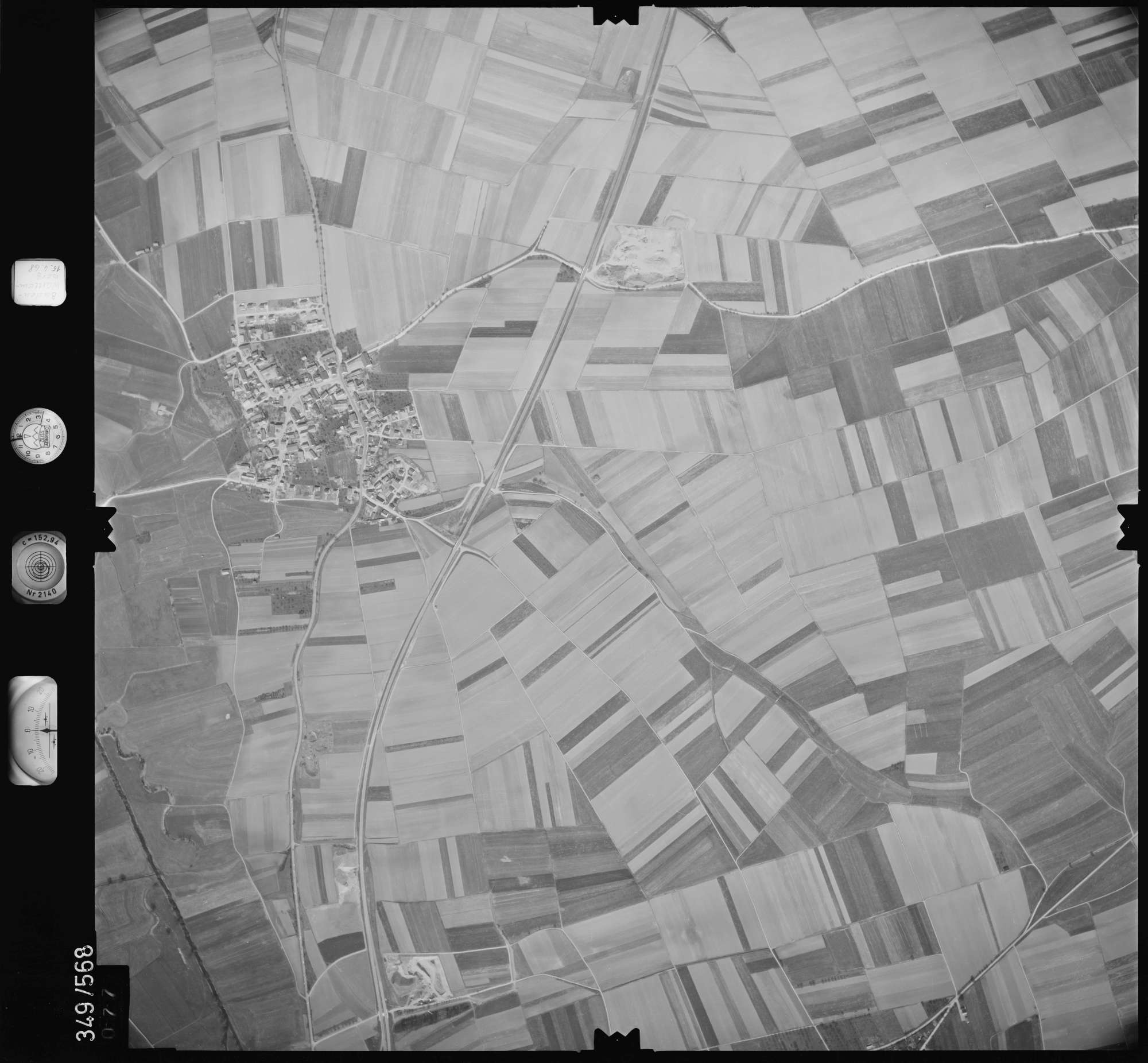 Luftbild: Film 45 Bildnr. 77, Bild 1