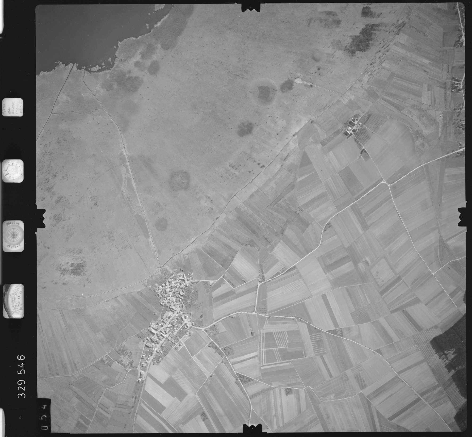 Luftbild: Film 51 Bildnr. 54, Bild 1