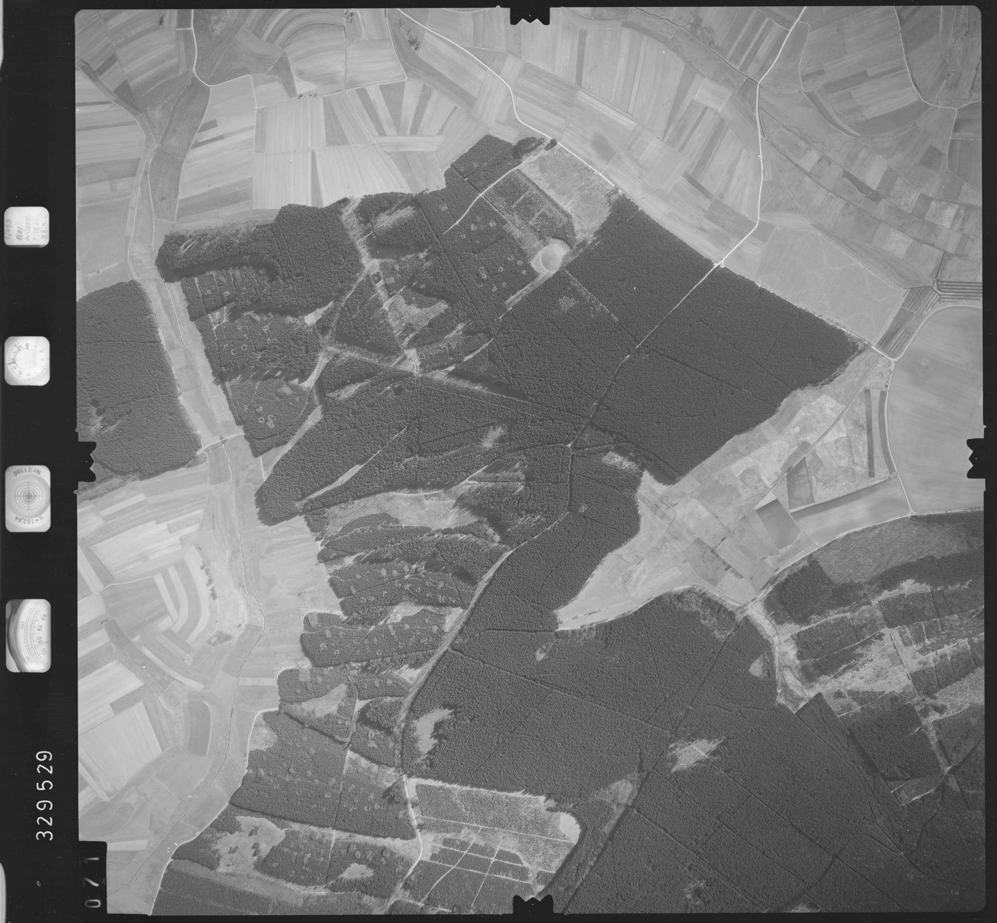 Luftbild: Film 51 Bildnr. 71, Bild 1