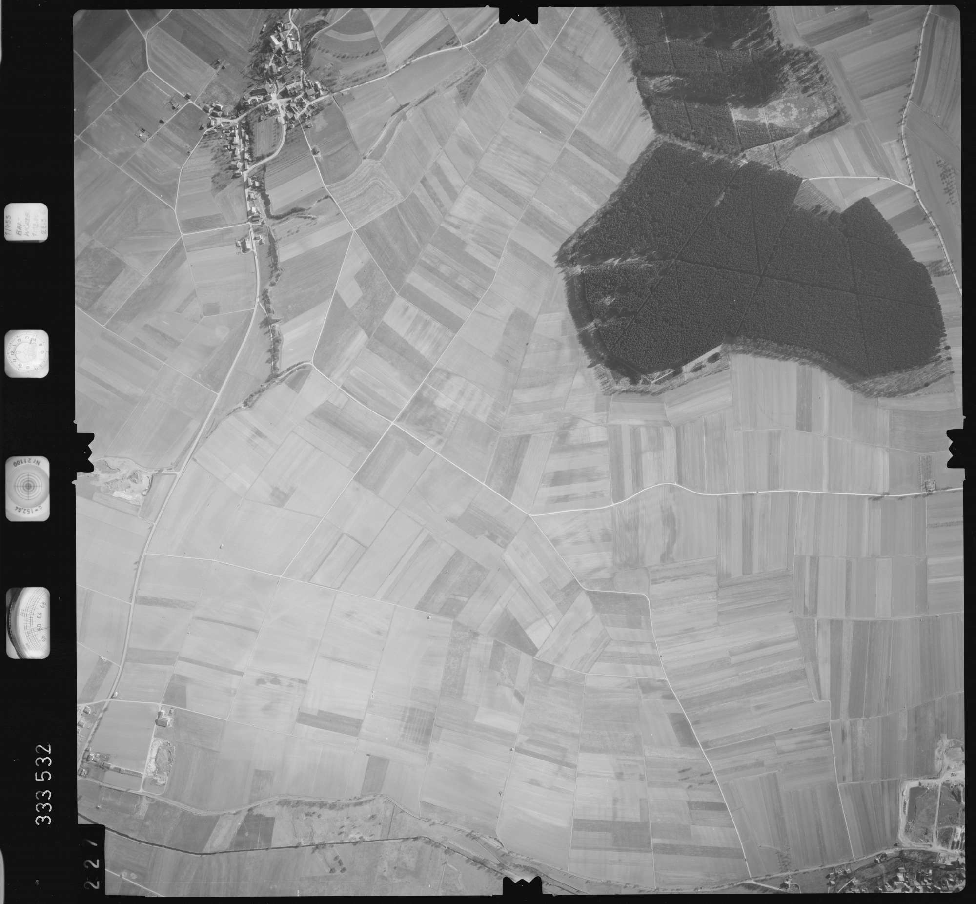 Luftbild: Film 51 Bildnr. 227, Bild 1