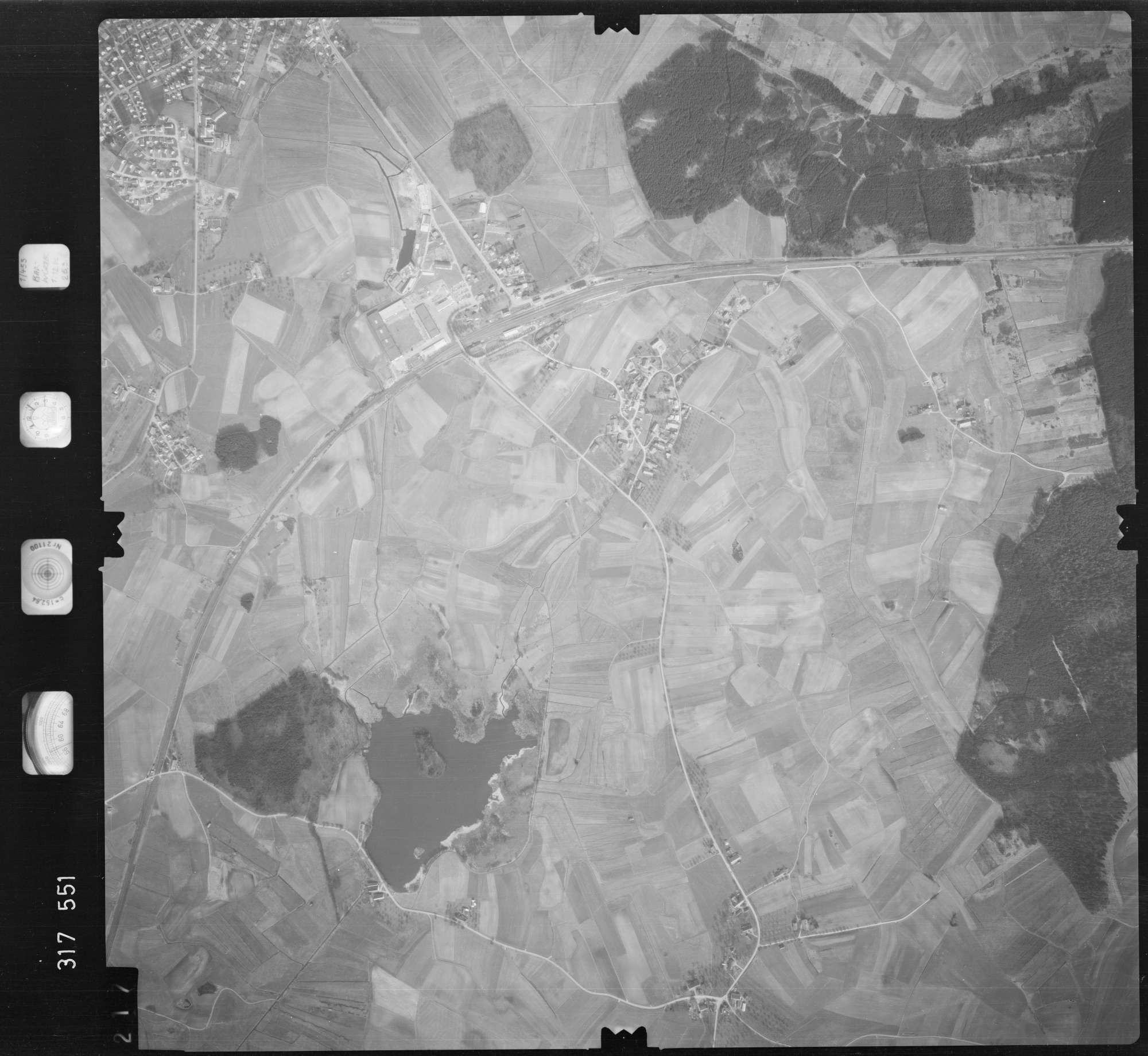 Luftbild: Film 57 Bildnr. 217, Bild 1