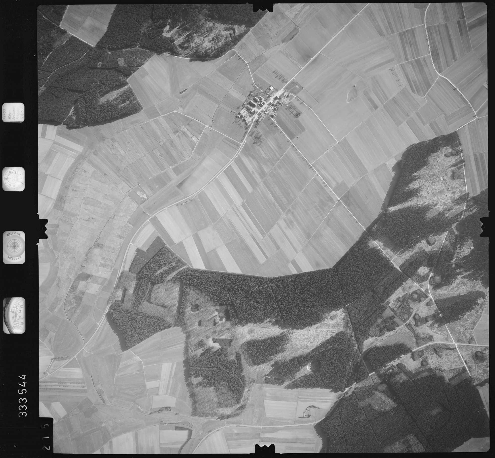 Luftbild: Film 51 Bildnr. 215, Bild 1