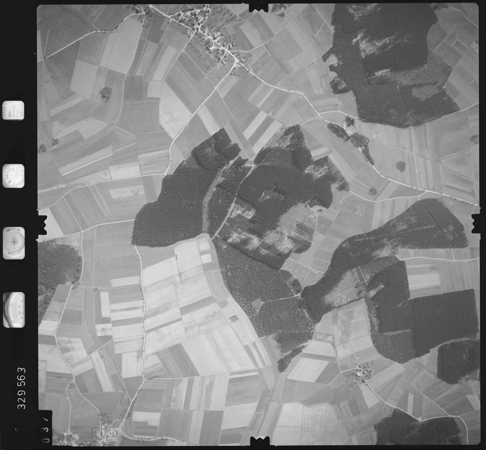 Luftbild: Film 51 Bildnr. 37, Bild 1