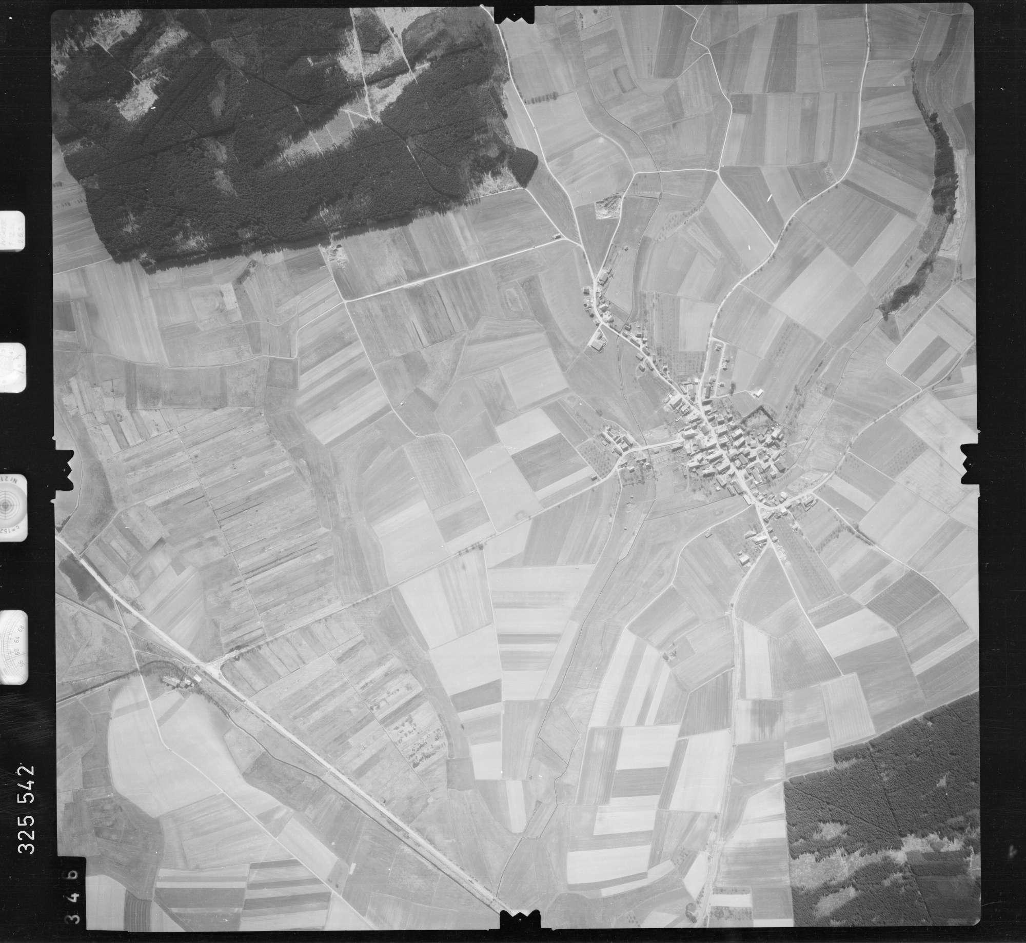 Luftbild: Film 52 Bildnr. 346, Bild 1