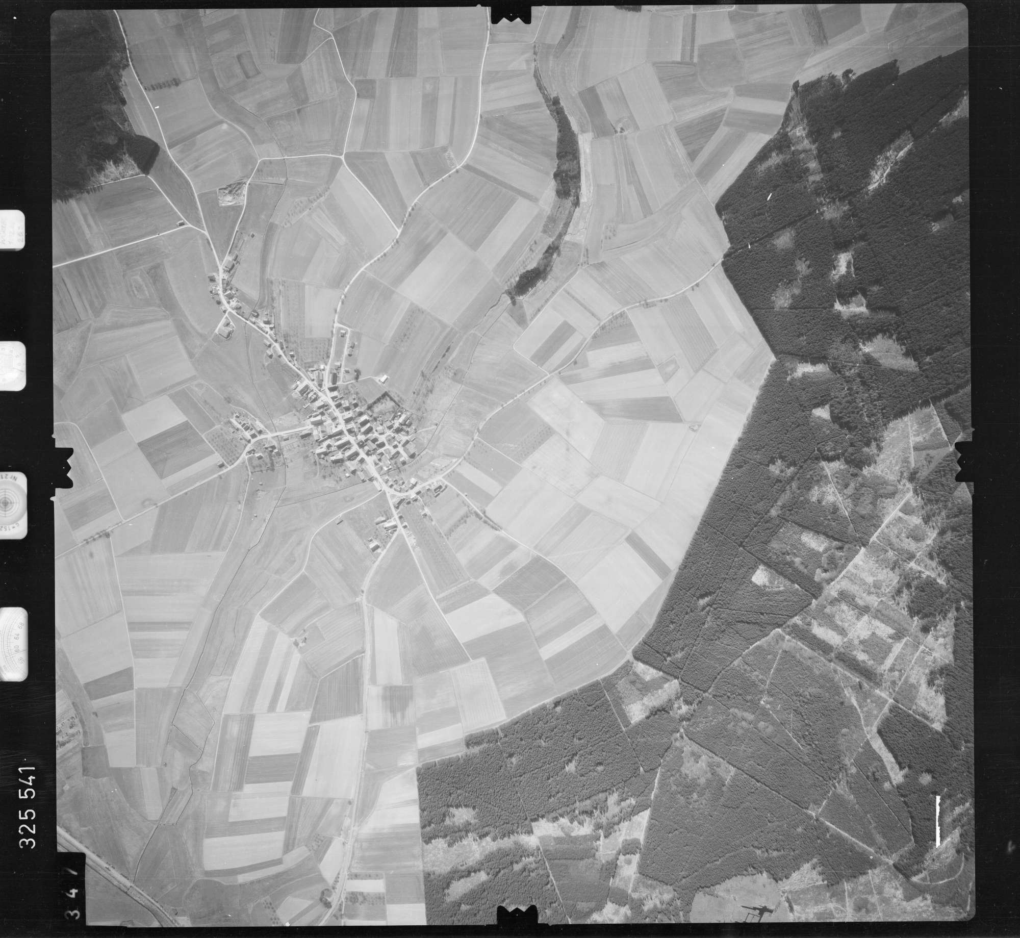 Luftbild: Film 52 Bildnr. 347, Bild 1