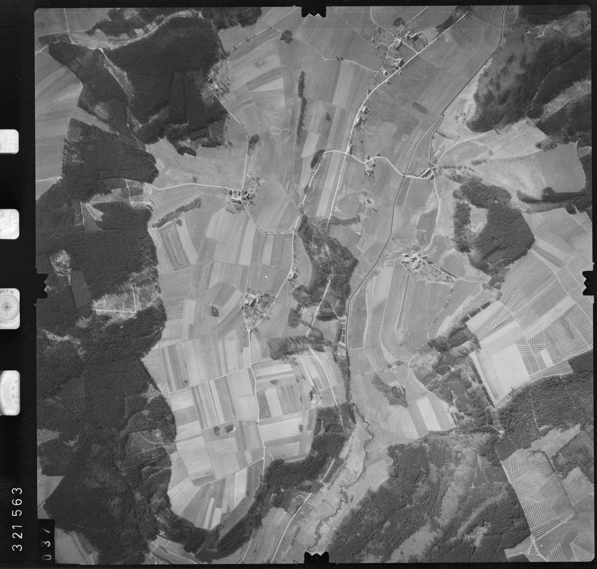 Luftbild: Film 53 Bildnr. 37, Bild 1
