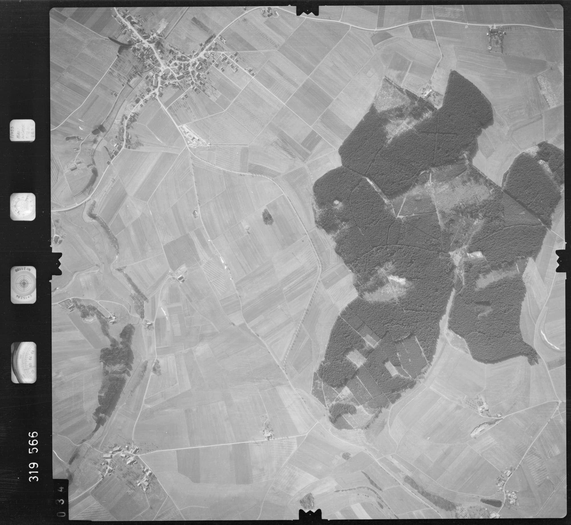 Luftbild: Film 57 Bildnr. 34, Bild 1