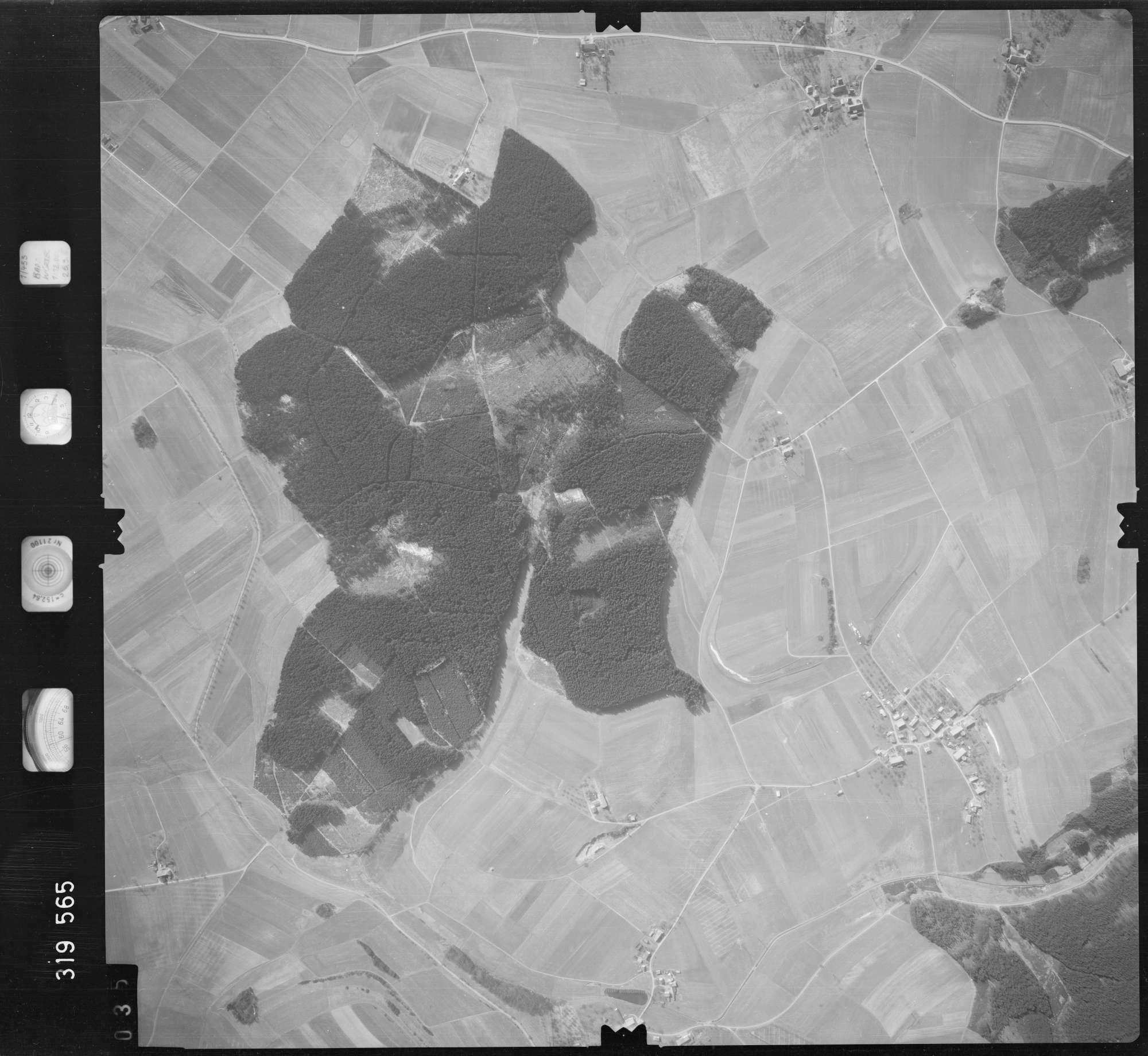 Luftbild: Film 57 Bildnr. 35, Bild 1