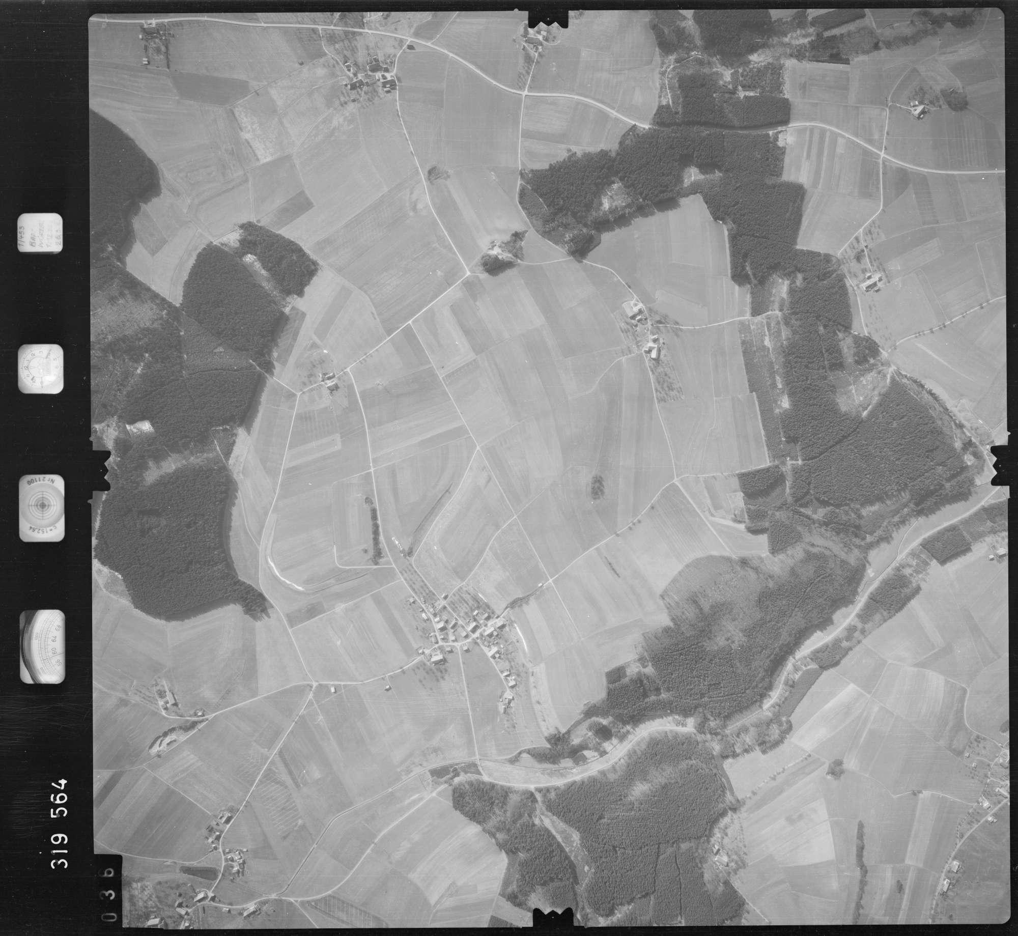 Luftbild: Film 57 Bildnr. 36, Bild 1