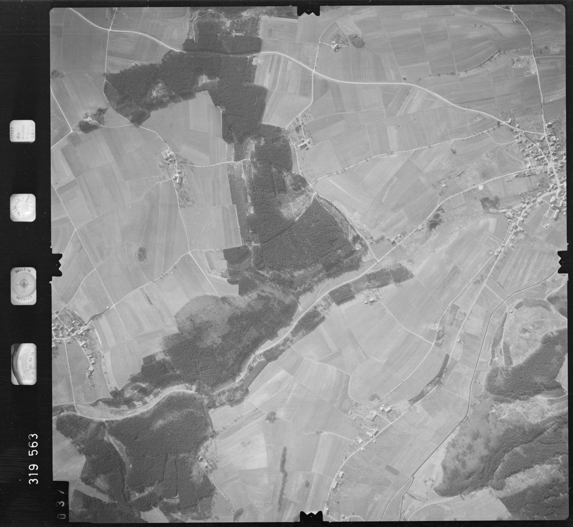 Luftbild: Film 57 Bildnr. 37, Bild 1