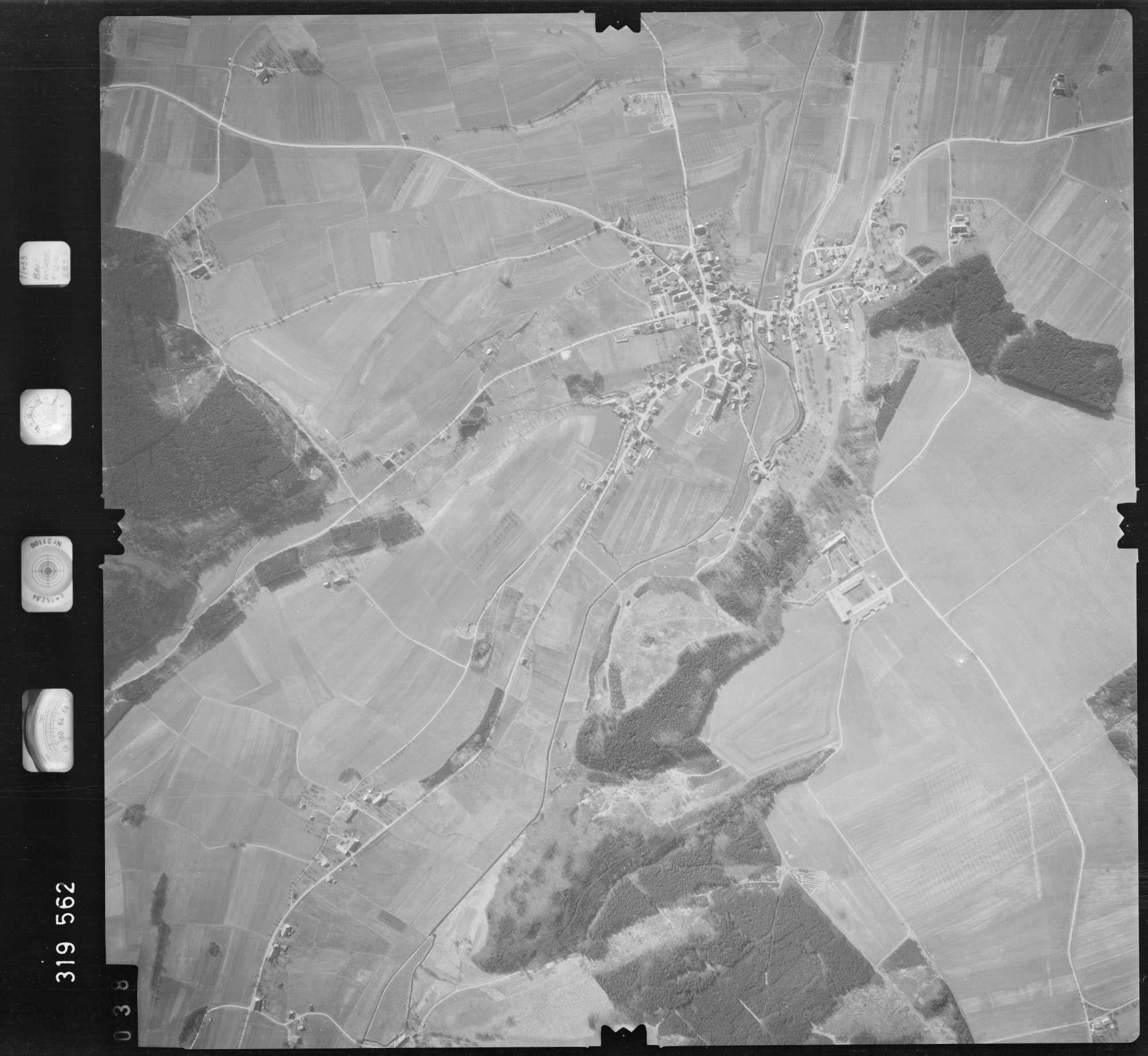 Luftbild: Film 57 Bildnr. 38, Bild 1