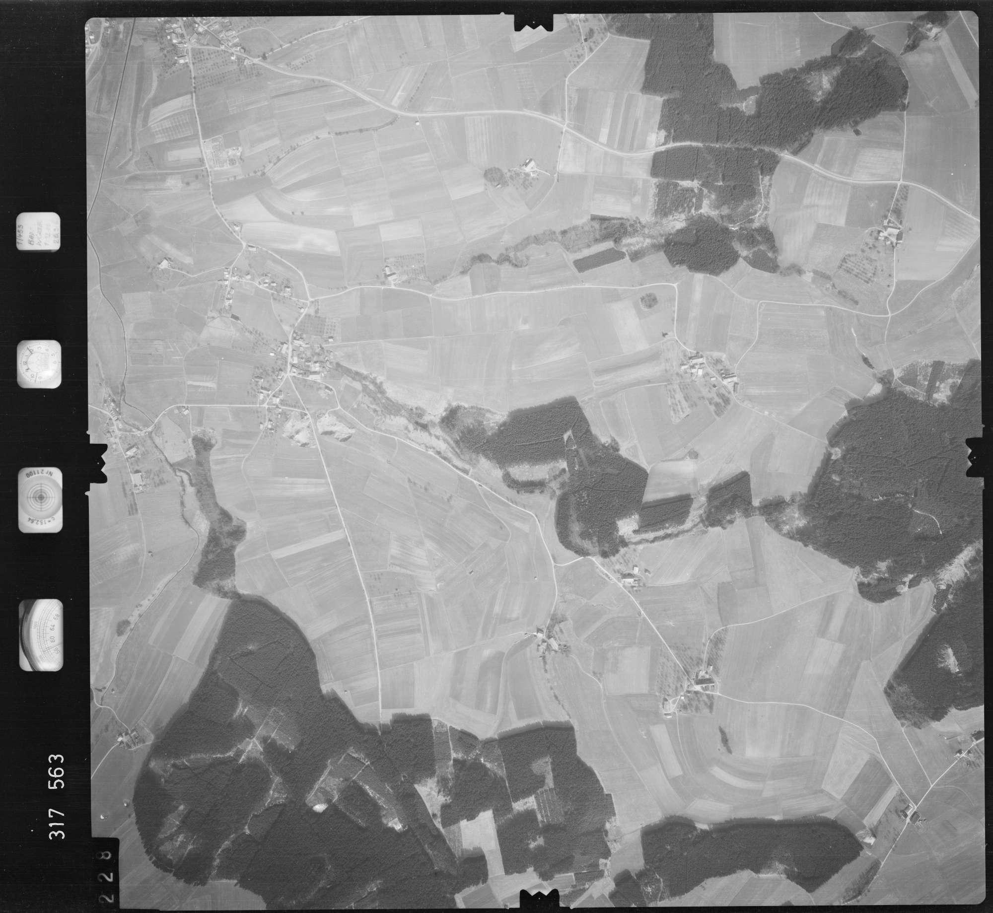 Luftbild: Film 57 Bildnr. 228, Bild 1