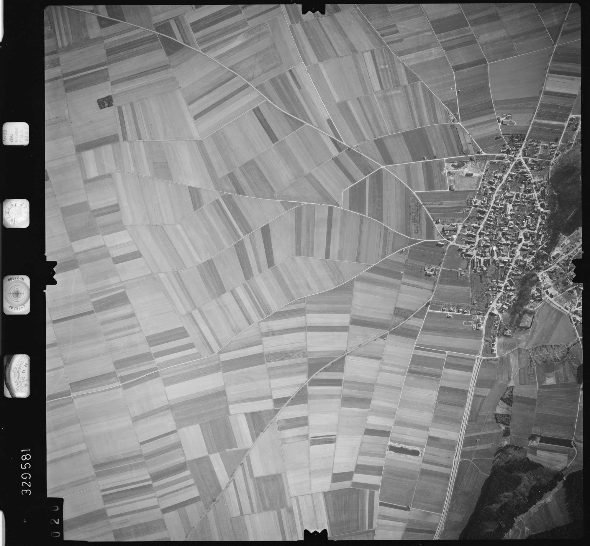 Luftbild: Film 51 Bildnr. 20, Bild 1