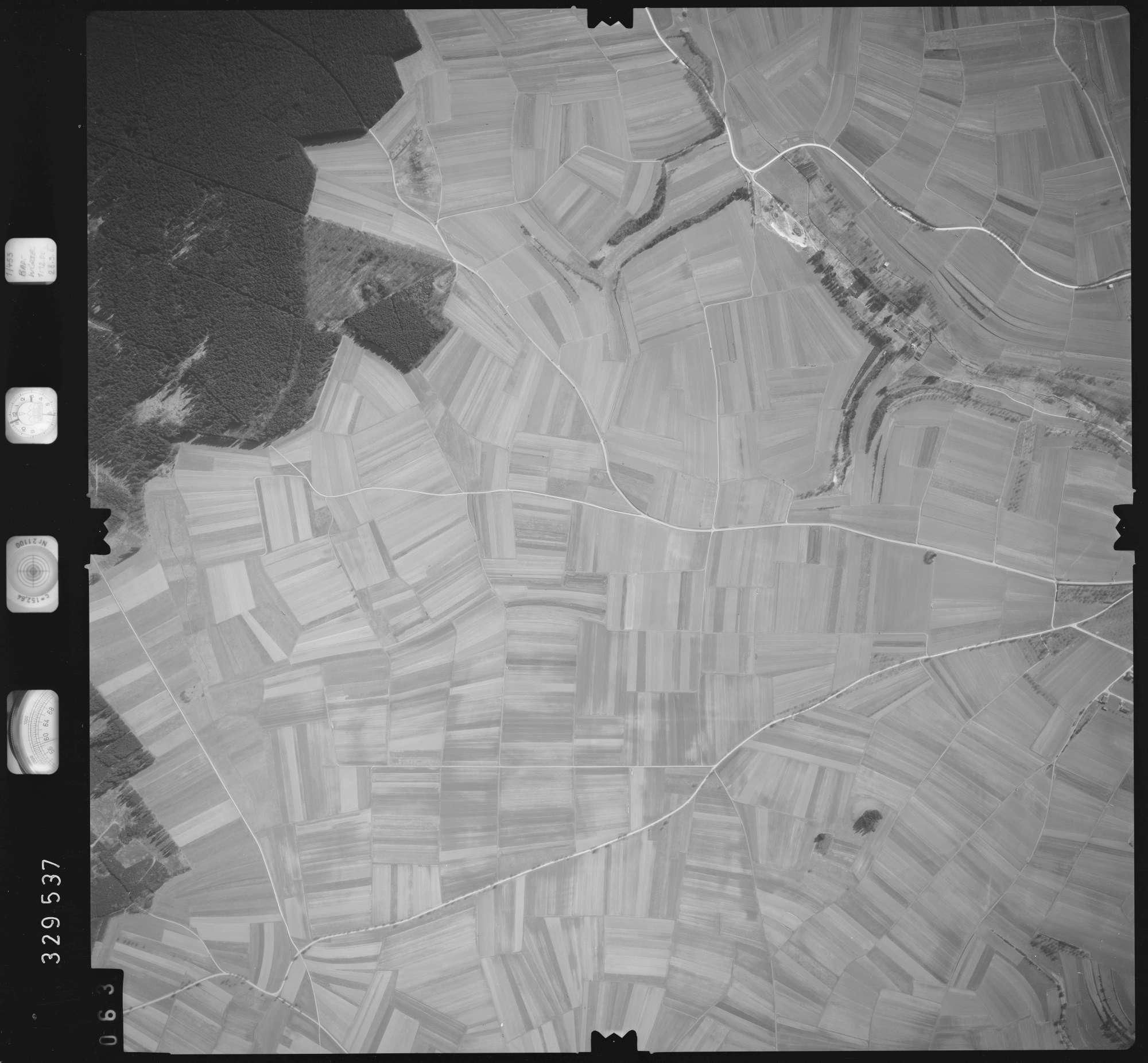 Luftbild: Film 51 Bildnr. 63, Bild 1