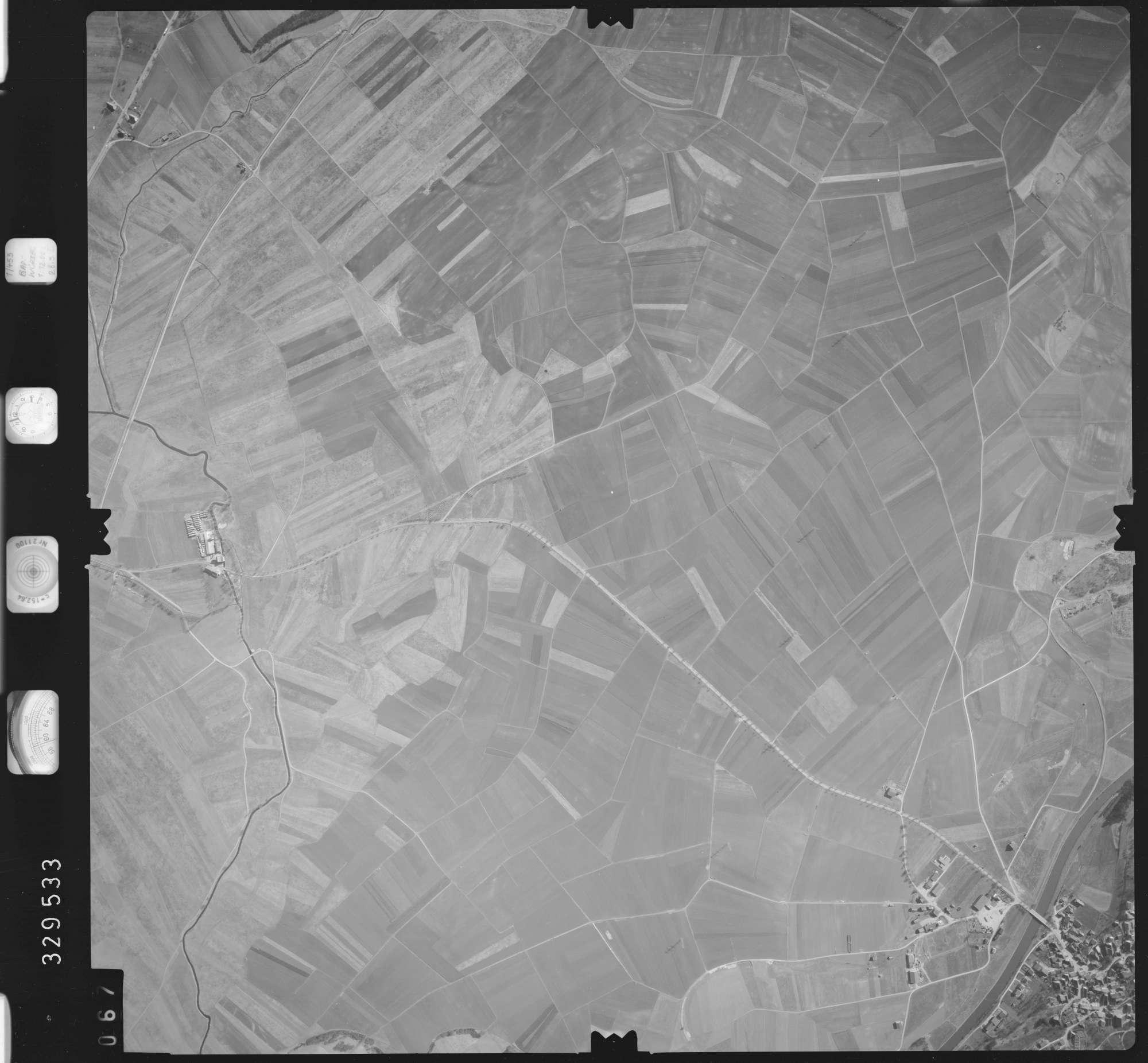 Luftbild: Film 51 Bildnr. 67, Bild 1