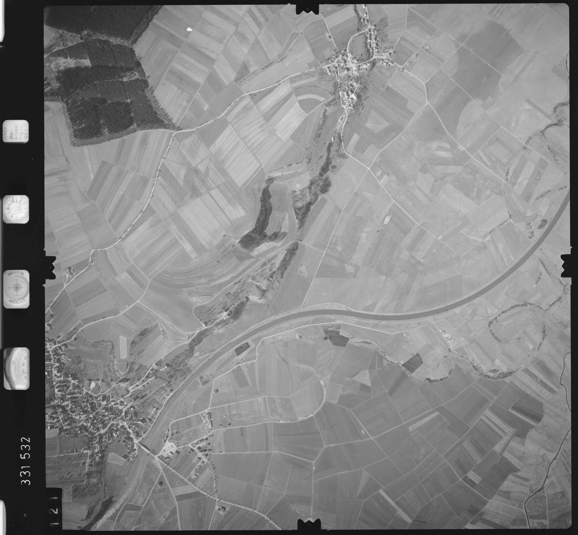 Luftbild: Film 51 Bildnr. 121, Bild 1