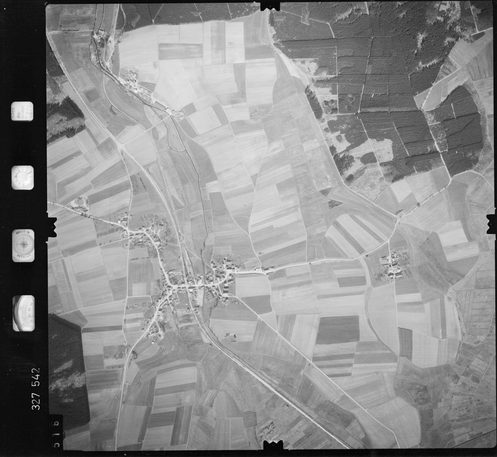 Luftbild: Film 52 Bildnr. 516, Bild 1
