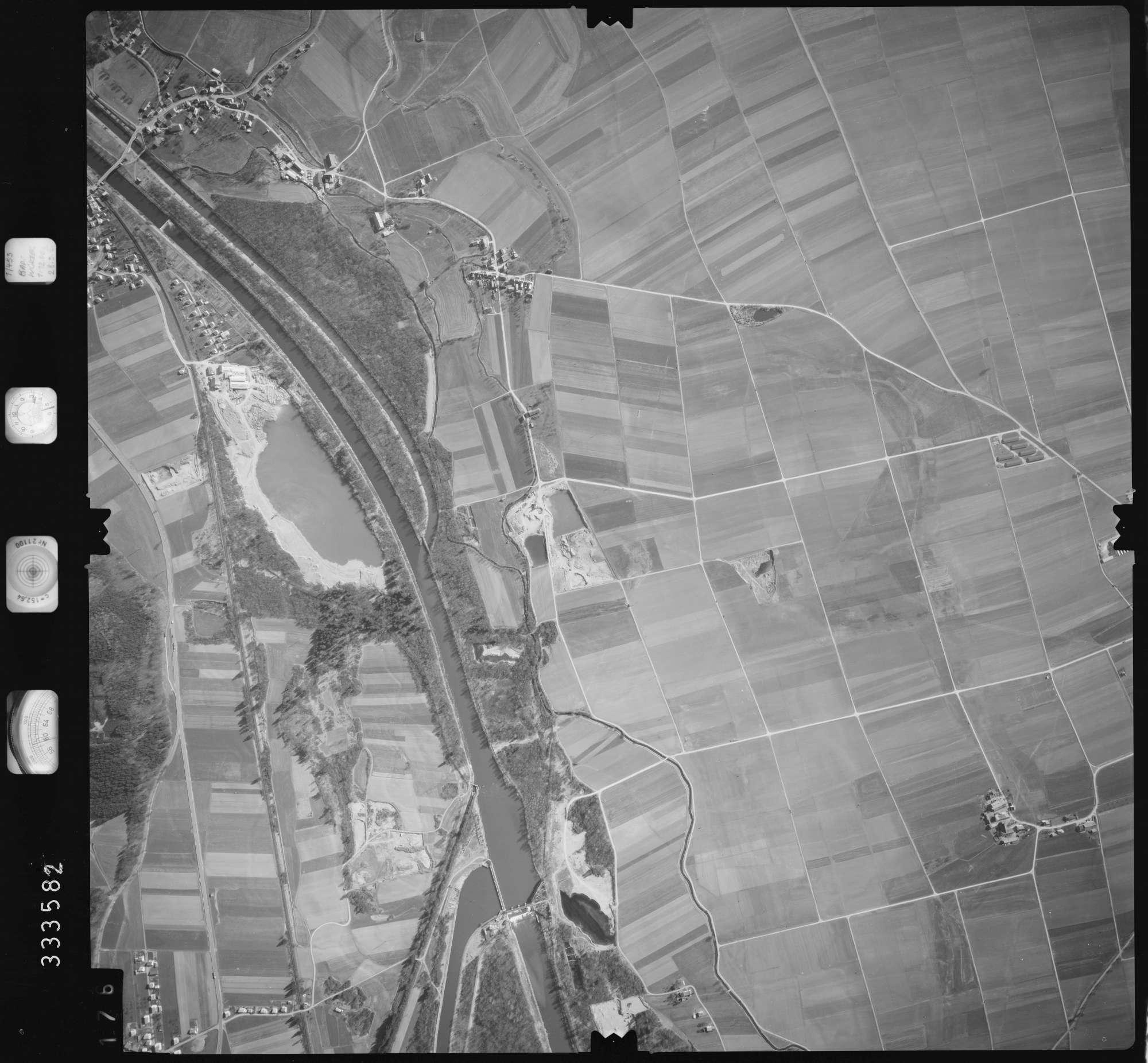 Luftbild: Film 51 Bildnr. 176, Bild 1