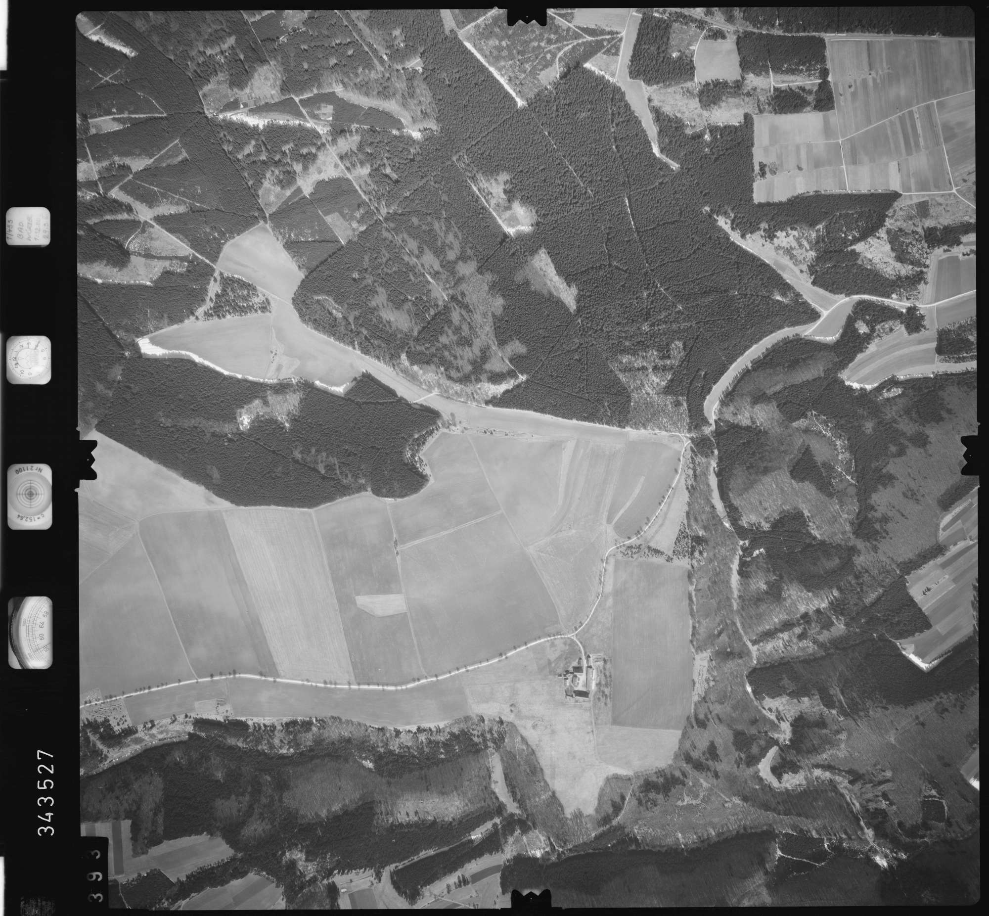Luftbild: Film 46 Bildnr. 393, Bild 1