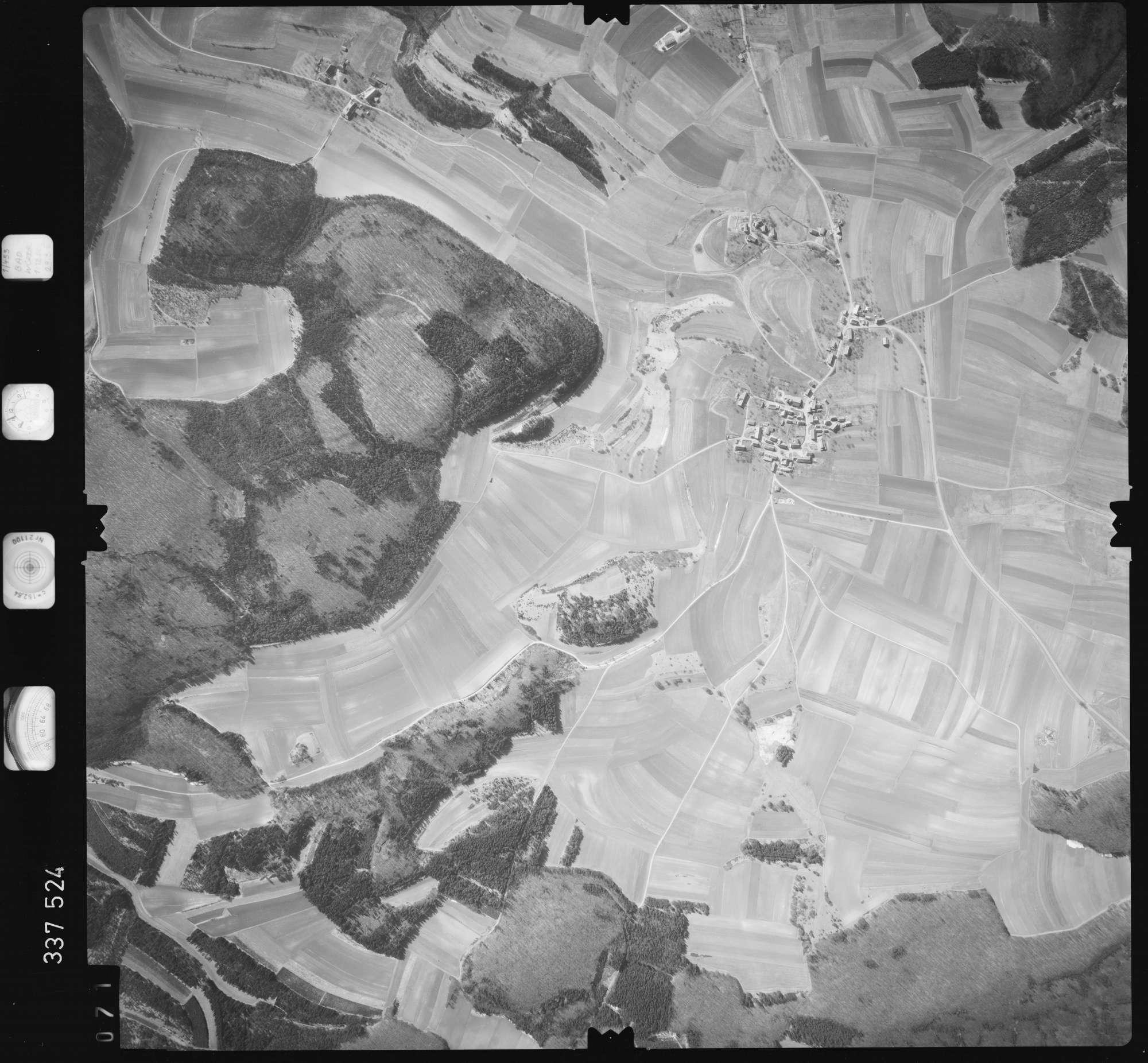 Luftbild: Film 50 Bildnr. 71, Bild 1