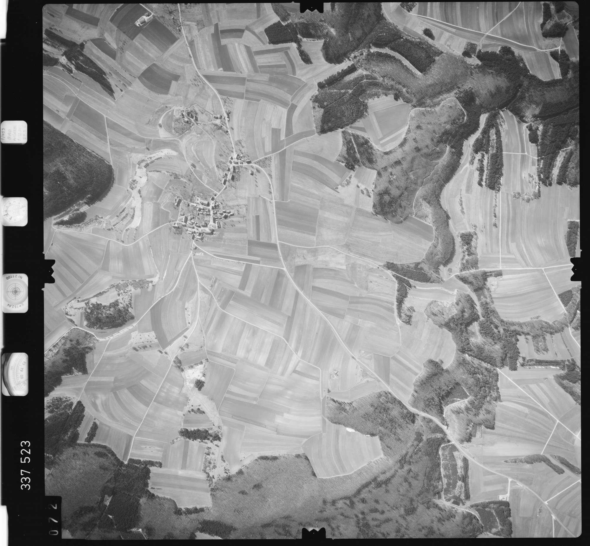 Luftbild: Film 50 Bildnr. 72, Bild 1