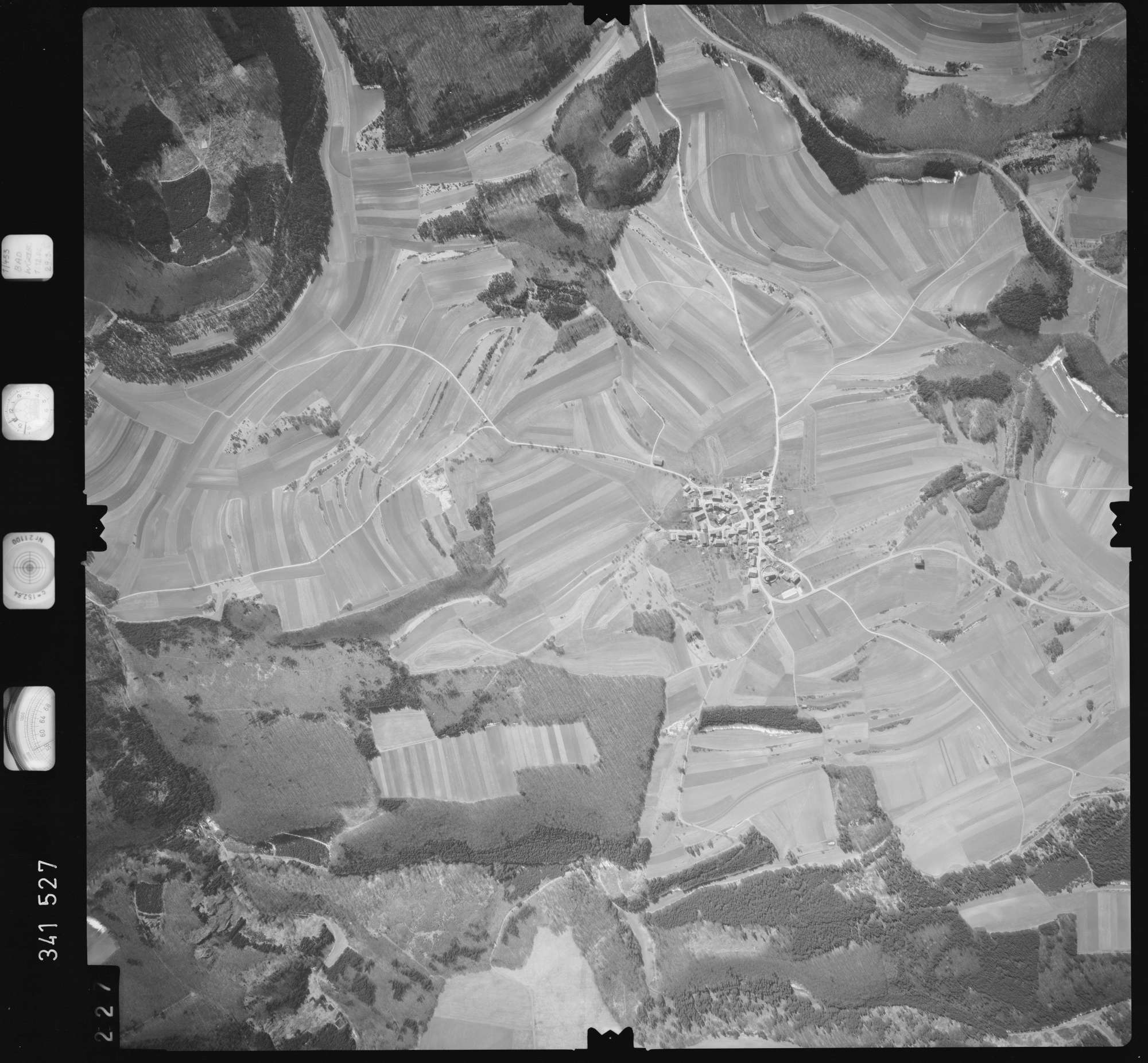 Luftbild: Film 50 Bildnr. 227, Bild 1