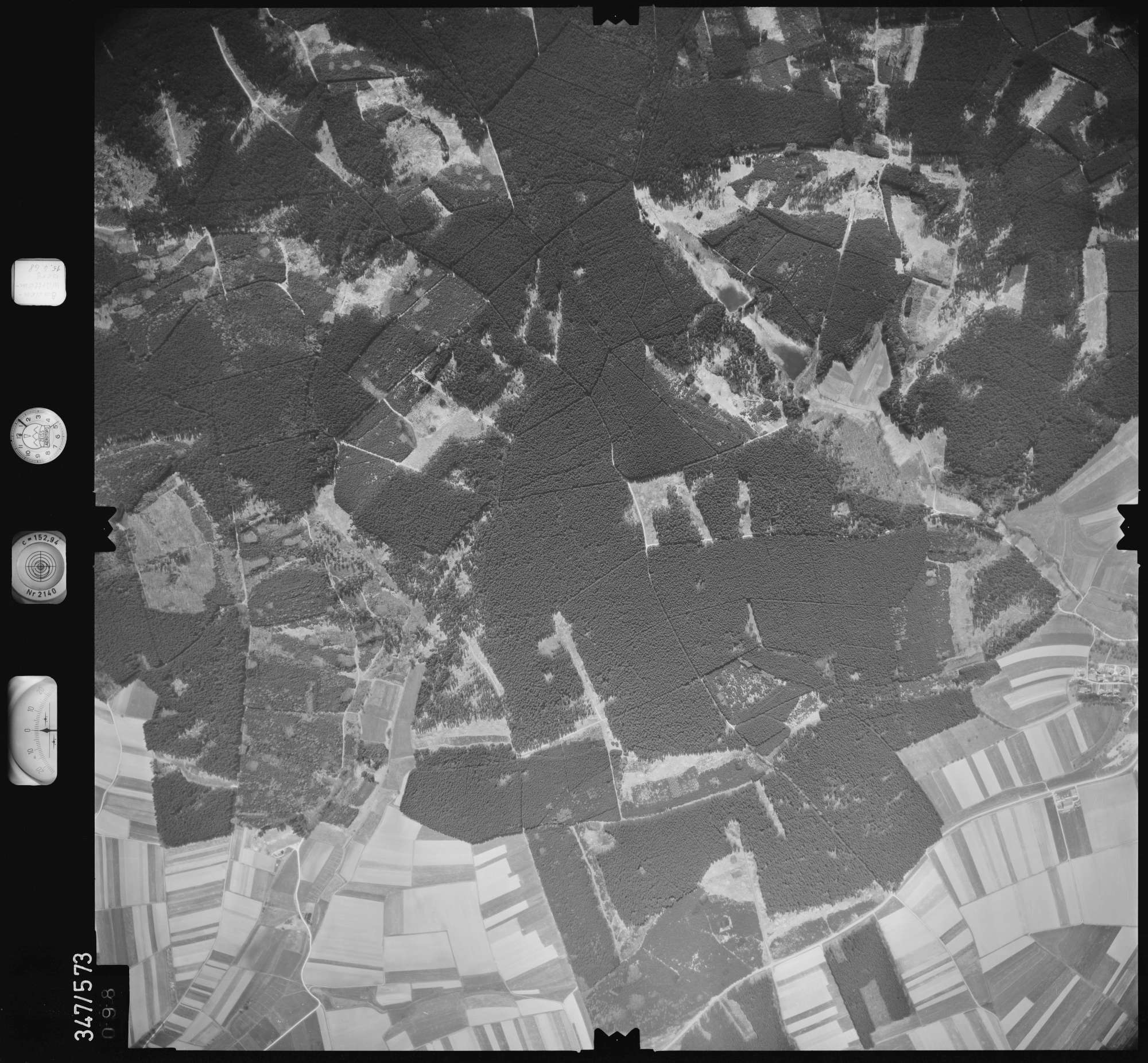 Luftbild: Film 45 Bildnr. 98, Bild 1