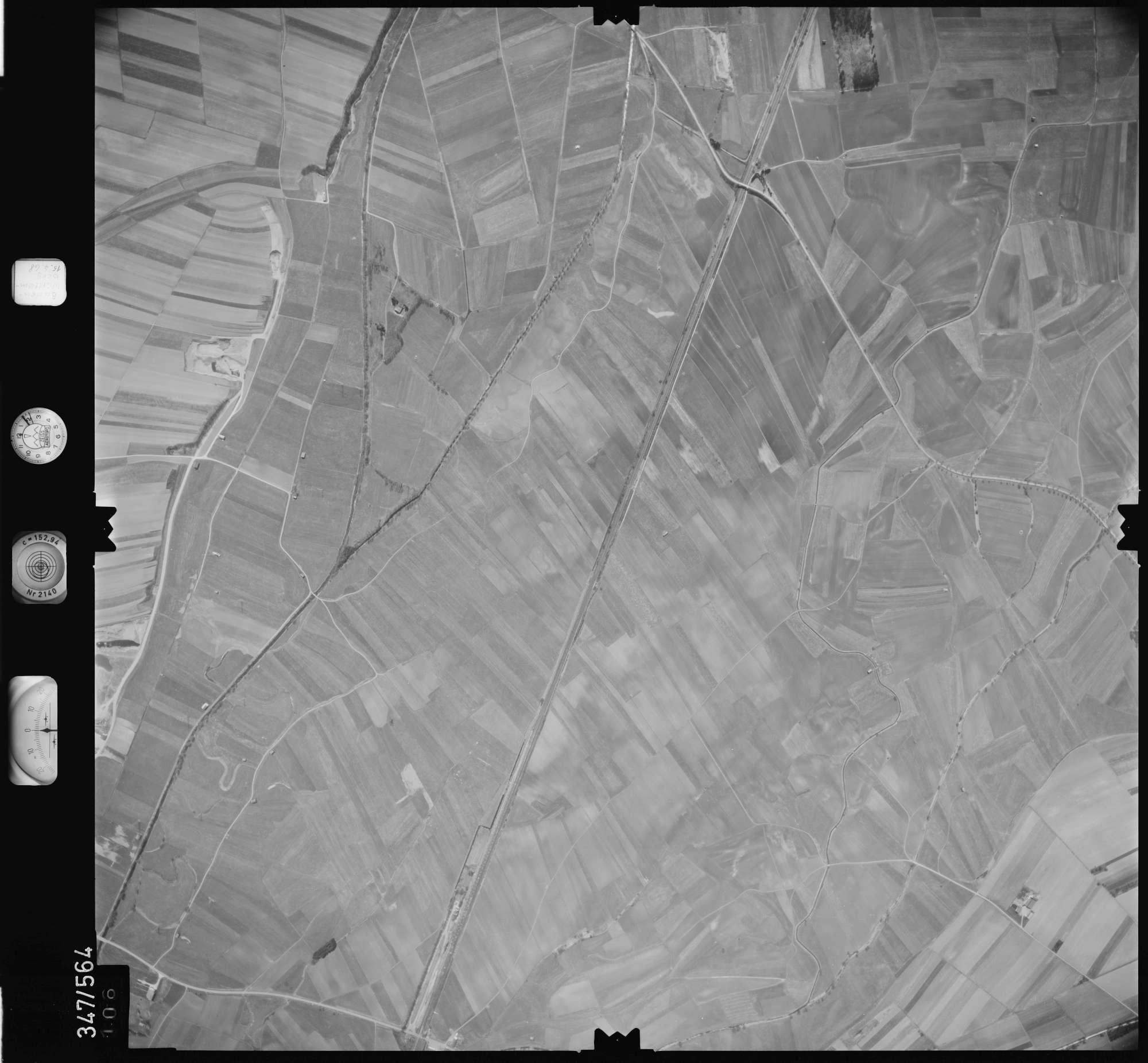 Luftbild: Film 45 Bildnr. 106, Bild 1