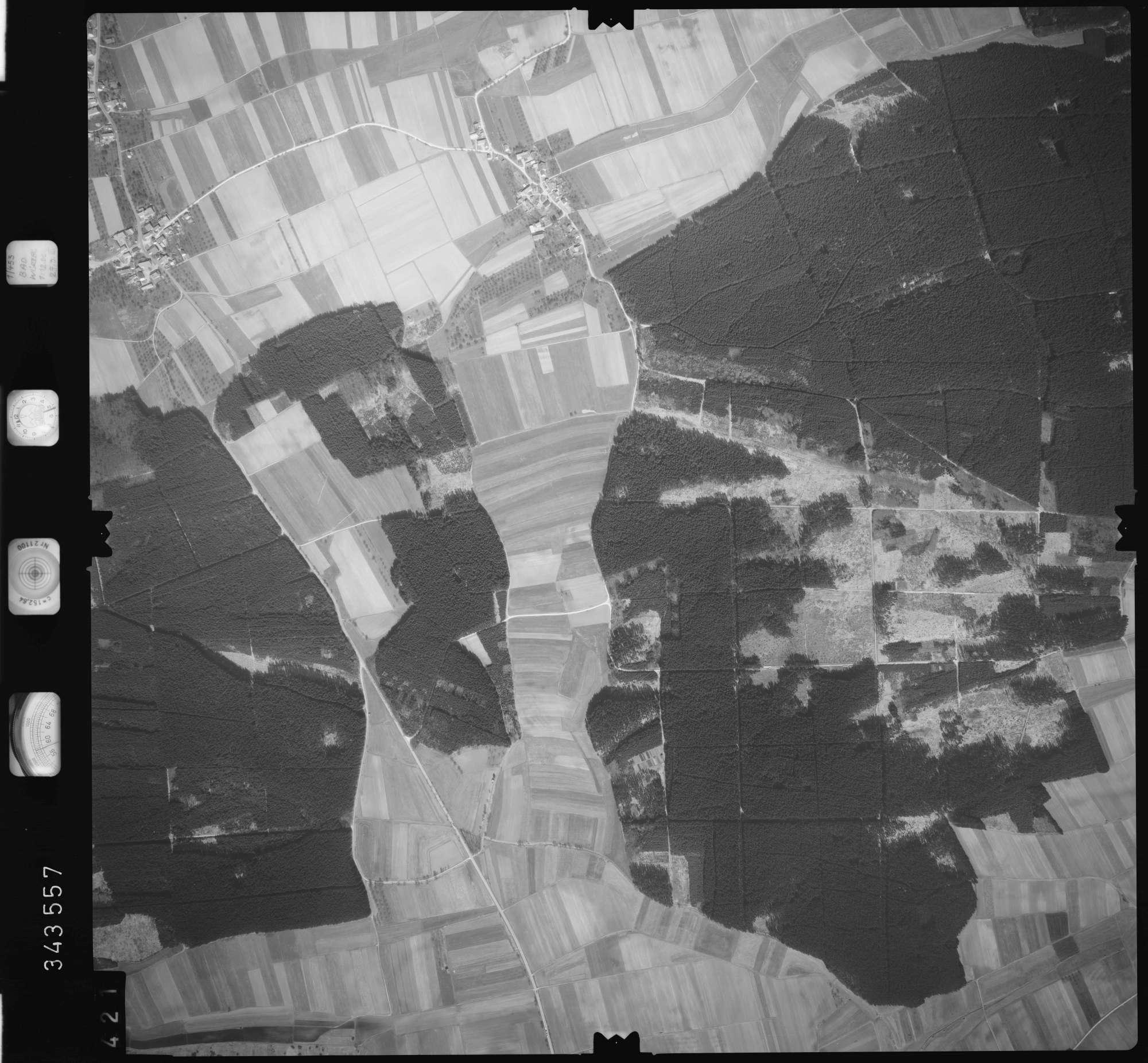 Luftbild: Film 46 Bildnr. 421, Bild 1