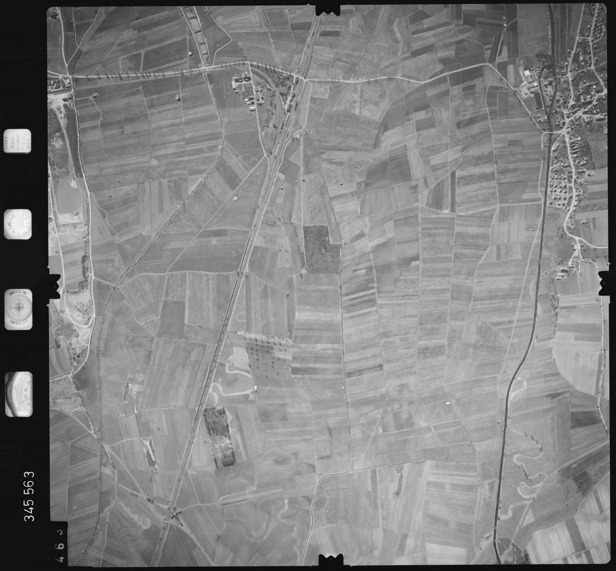 Luftbild: Film 46 Bildnr. 463, Bild 1