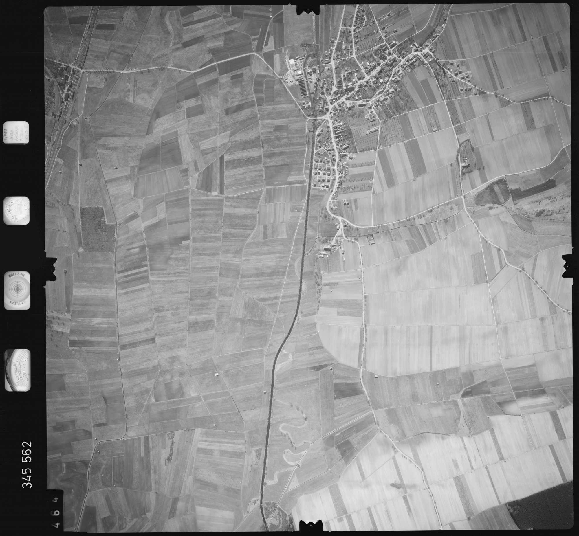 Luftbild: Film 46 Bildnr. 464, Bild 1