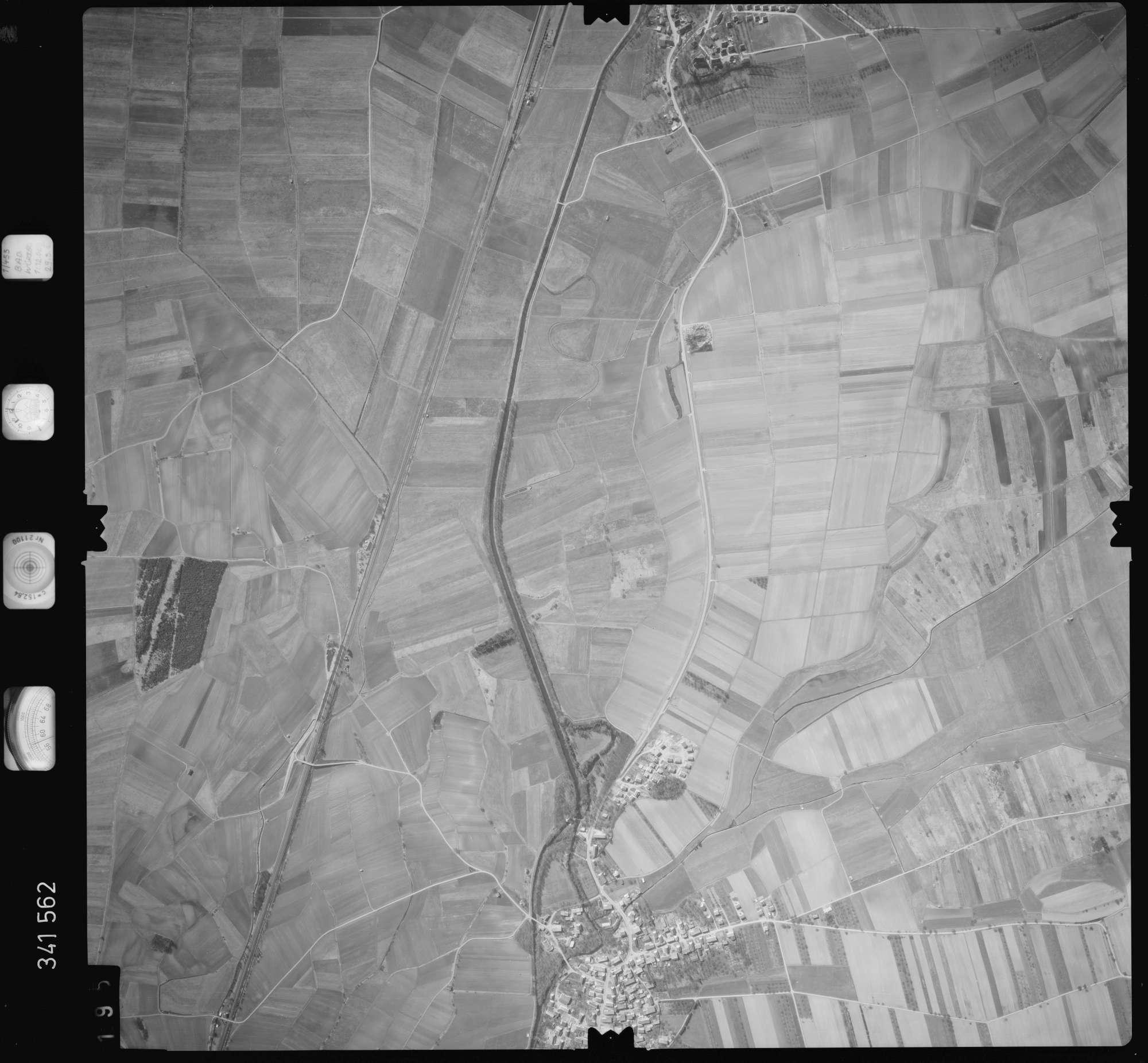 Luftbild: Film 50 Bildnr. 195, Bild 1