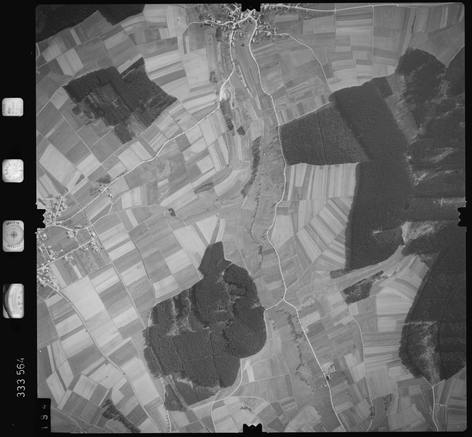 Luftbild: Film 51 Bildnr. 194, Bild 1