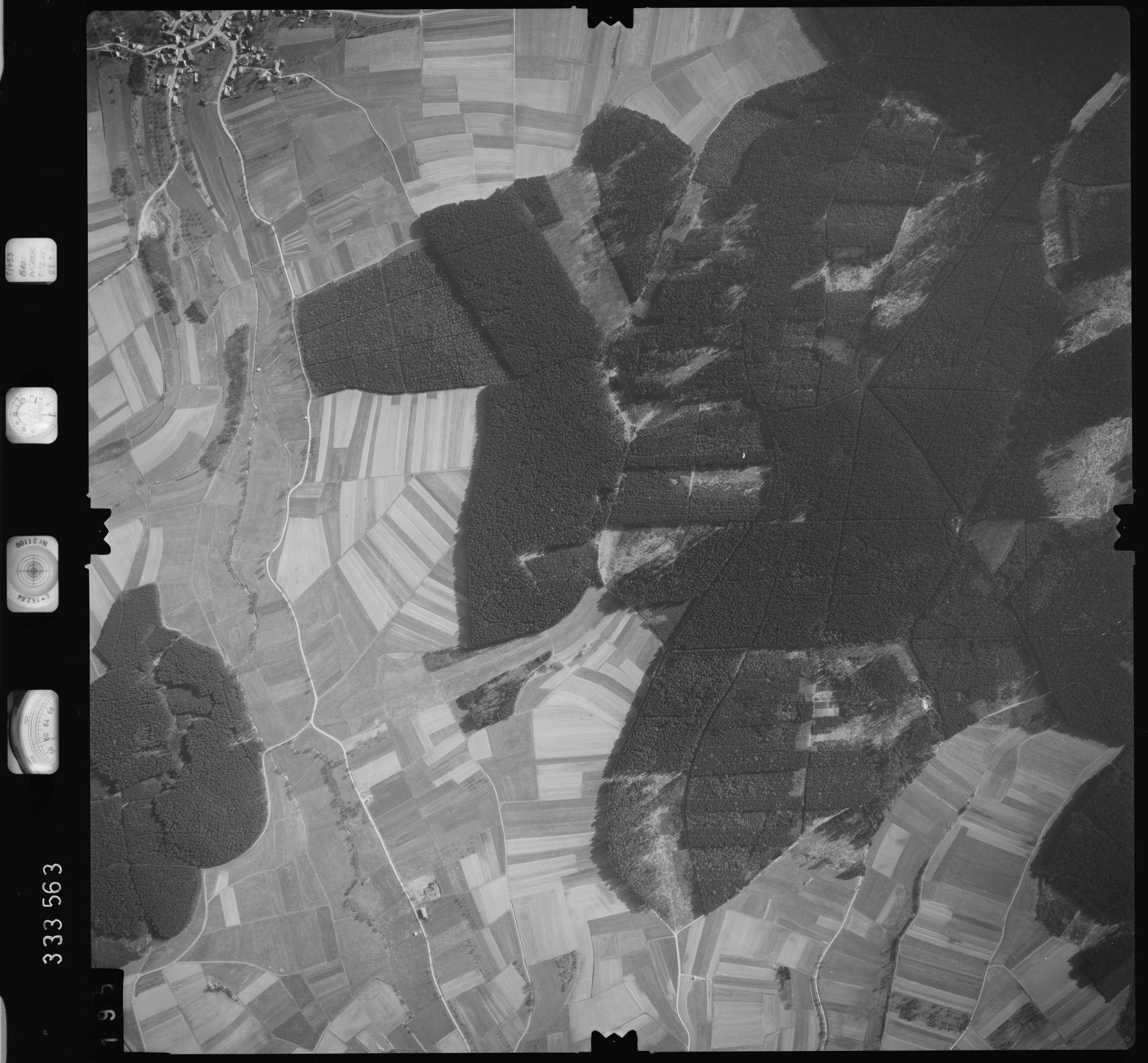 Luftbild: Film 51 Bildnr. 195, Bild 1