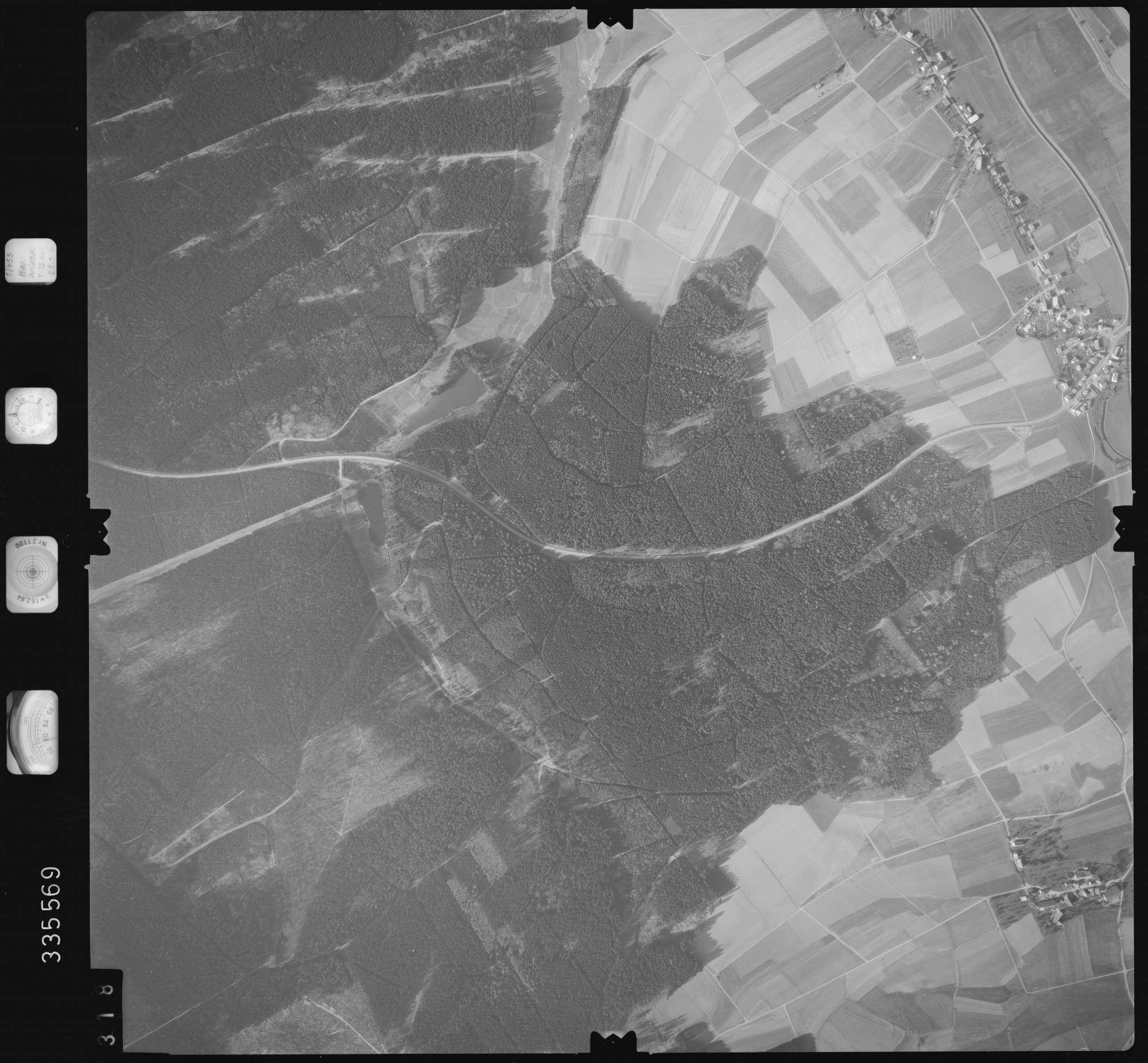 Luftbild: Film 51 Bildnr. 318, Bild 1