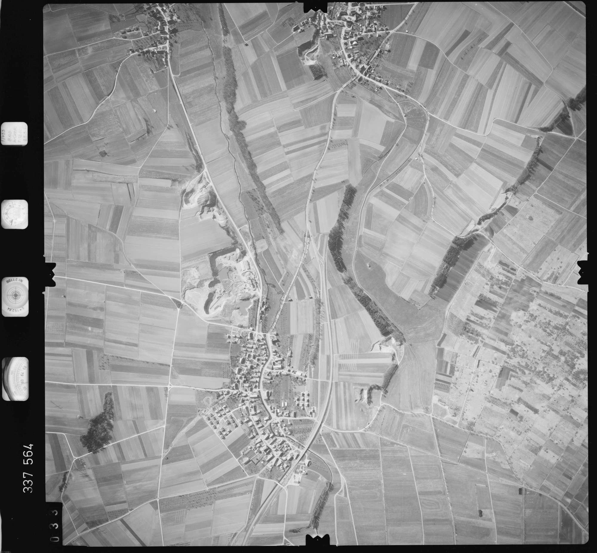 Luftbild: Film 50 Bildnr. 33, Bild 1