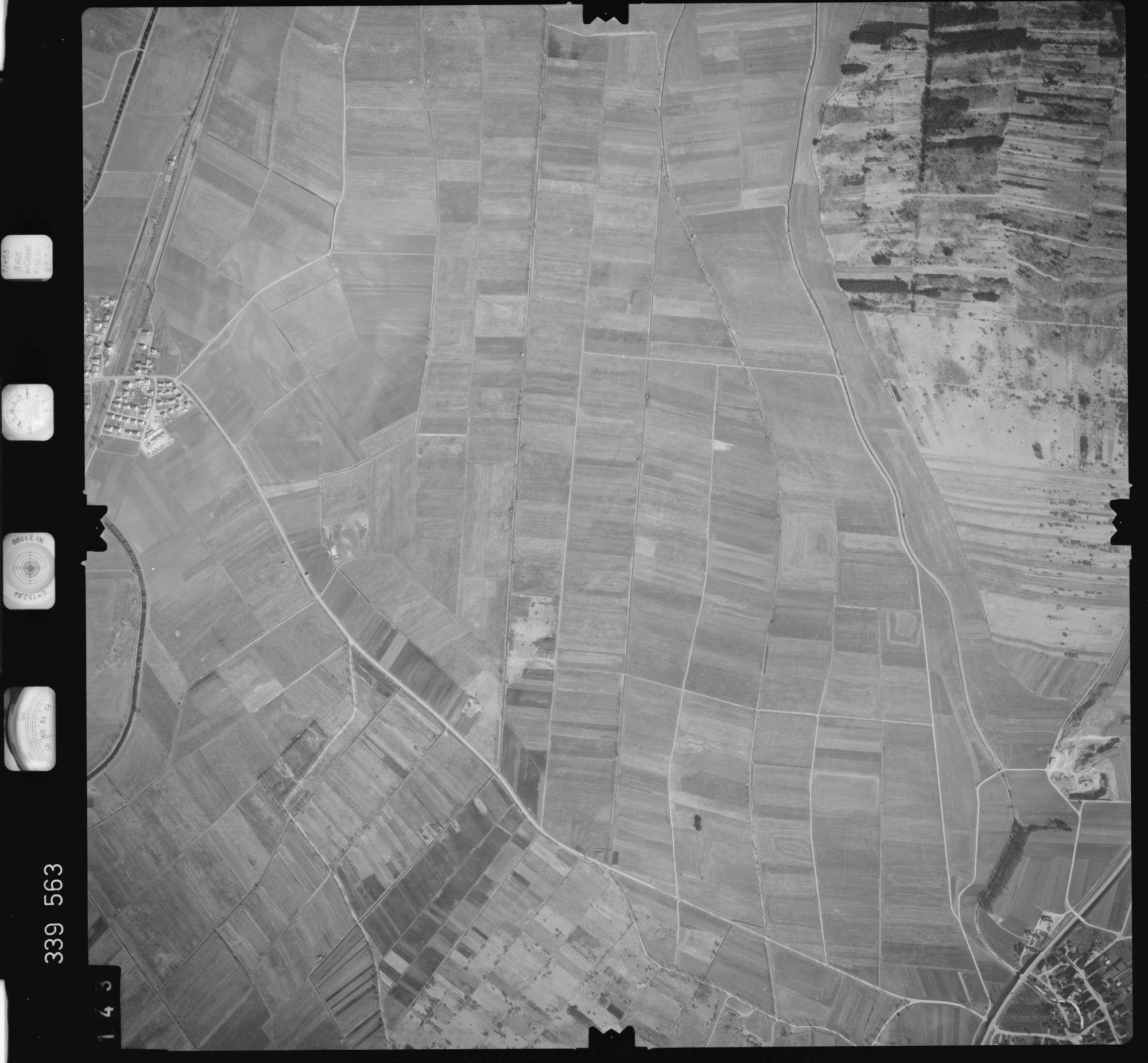 Luftbild: Film 50 Bildnr. 143, Bild 1