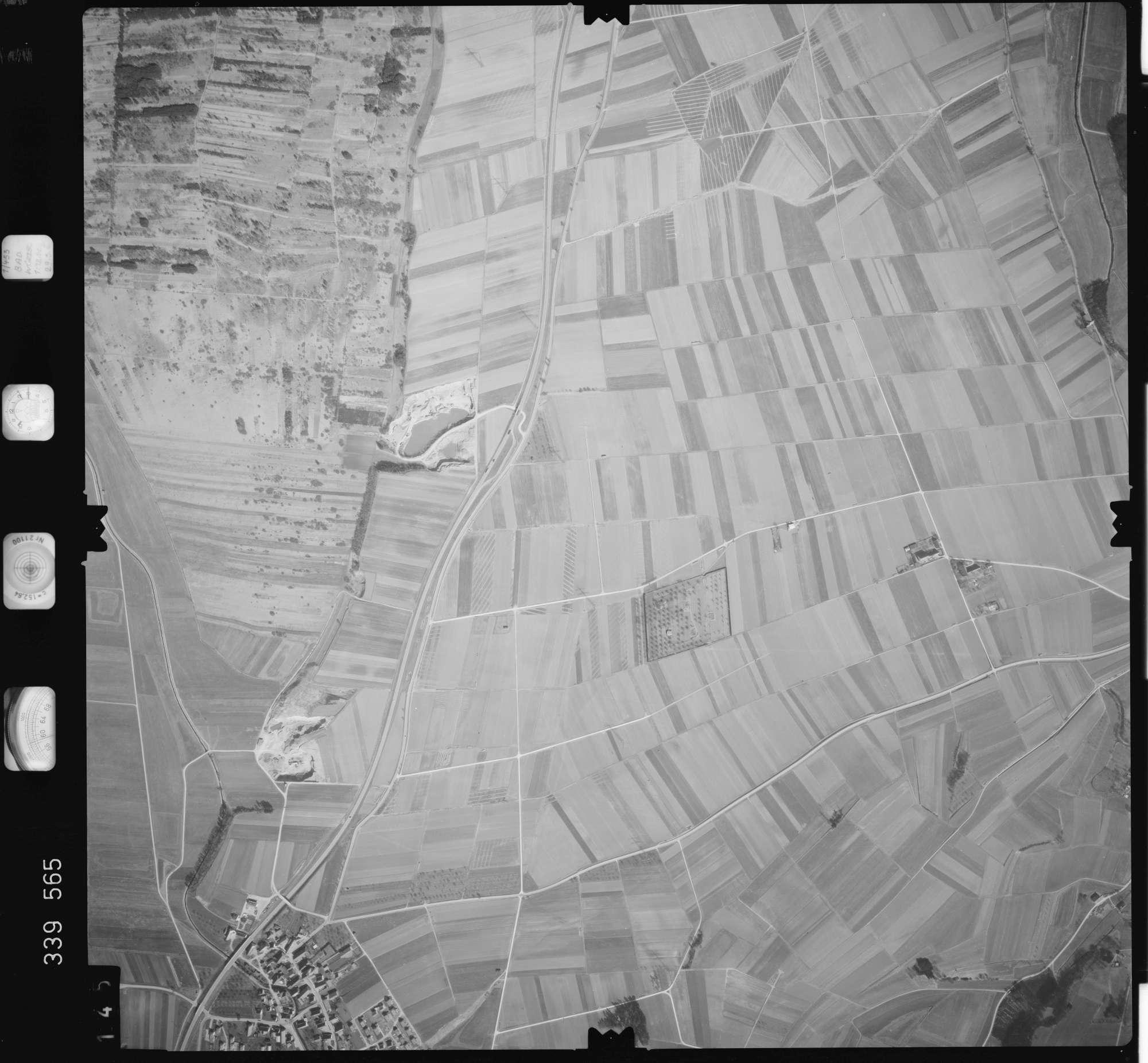 Luftbild: Film 50 Bildnr. 145, Bild 1