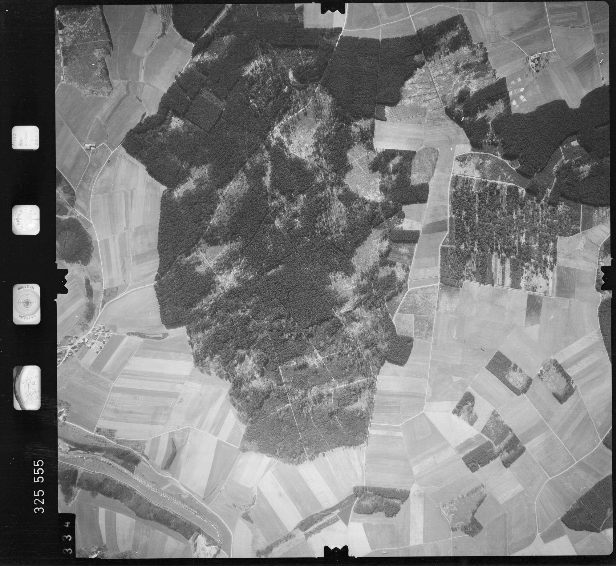 Luftbild: Film 52 Bildnr. 334, Bild 1