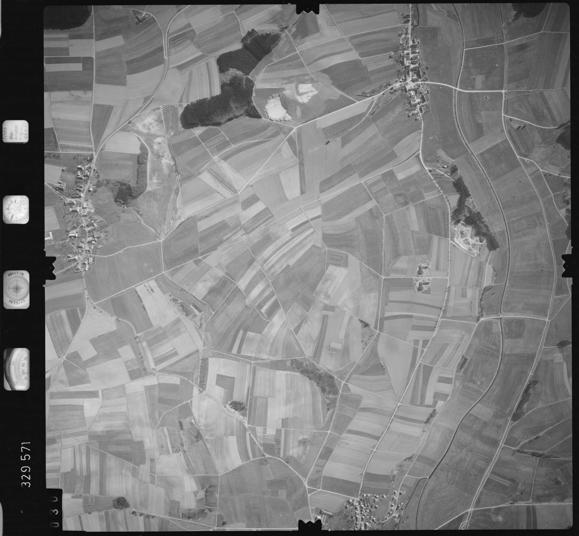 Luftbild: Film 51 Bildnr. 30, Bild 1