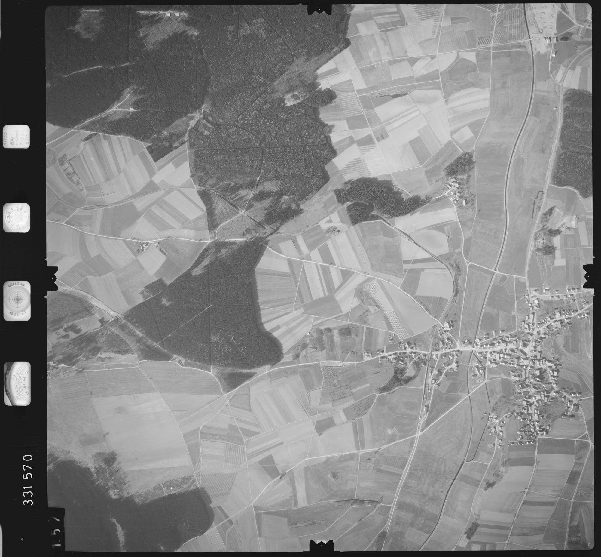 Luftbild: Film 51 Bildnr. 157, Bild 1