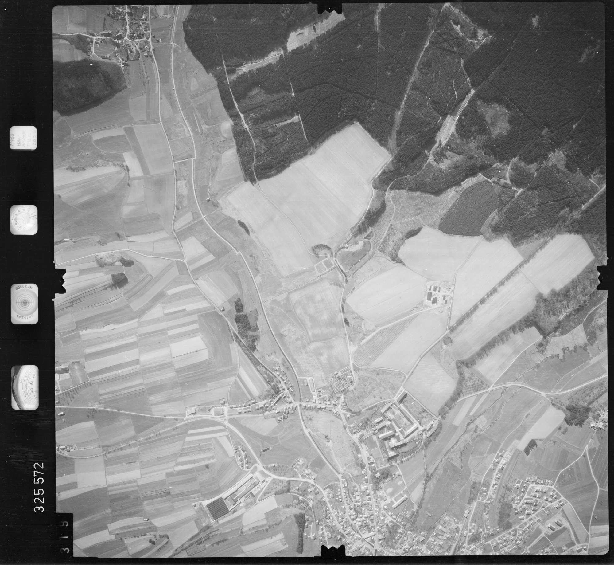 Luftbild: Film 52 Bildnr. 319, Bild 1