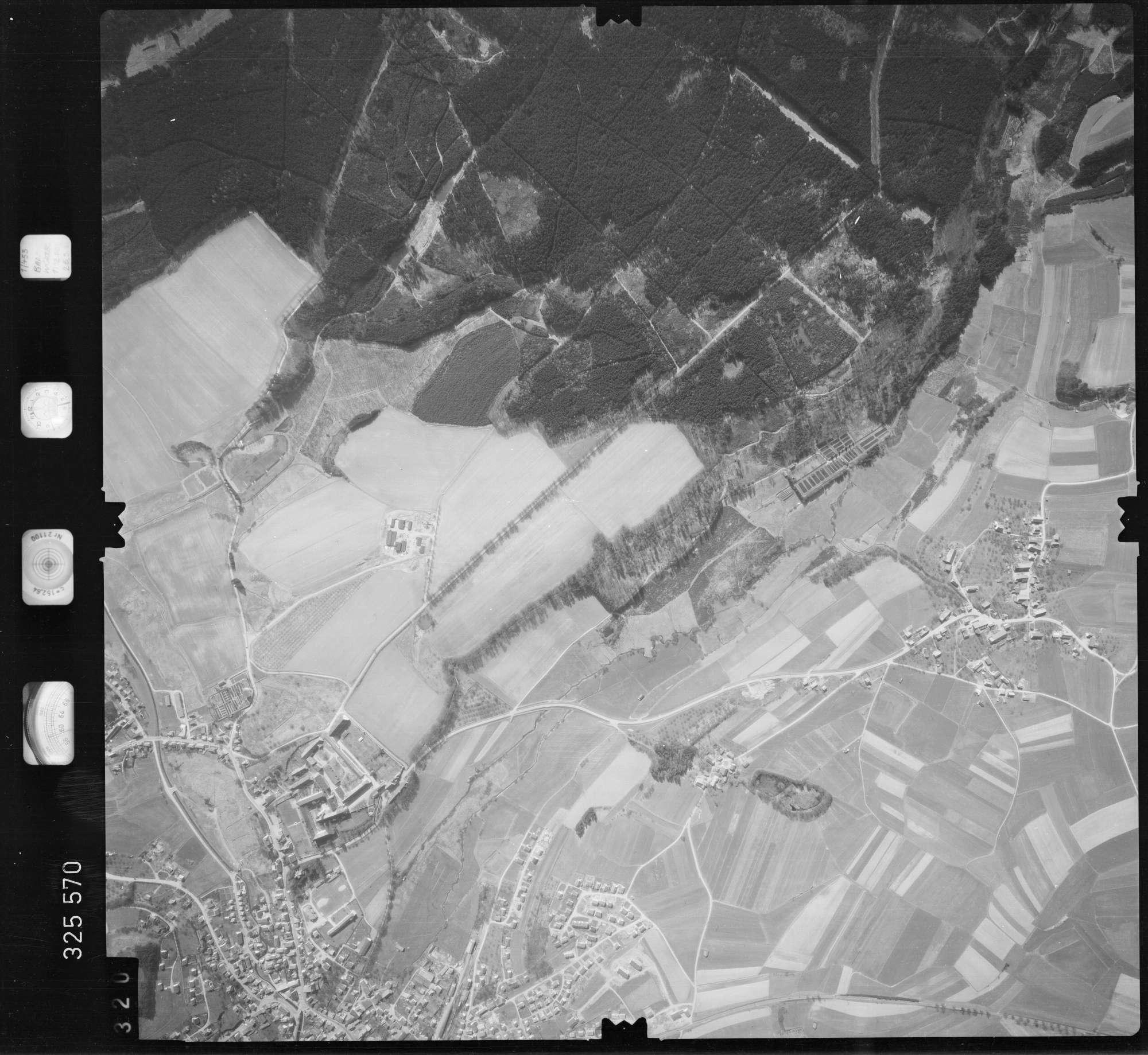 Luftbild: Film 52 Bildnr. 320, Bild 1