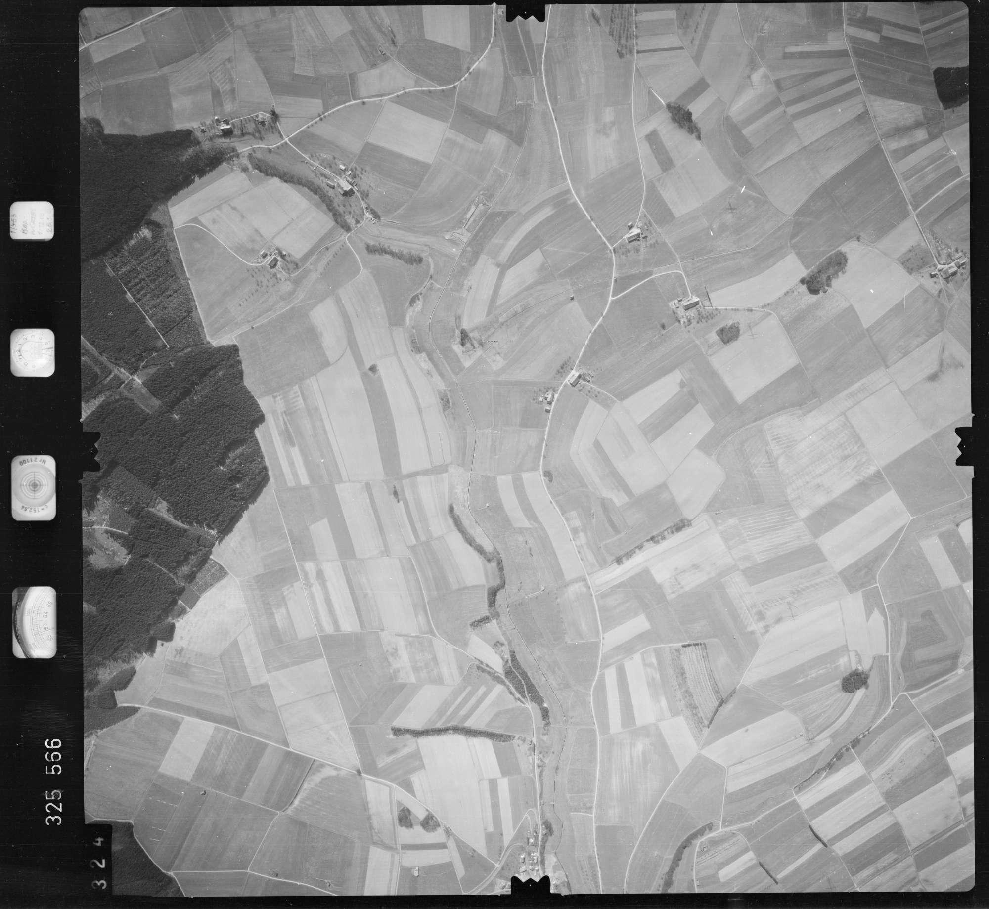 Luftbild: Film 52 Bildnr. 324, Bild 1