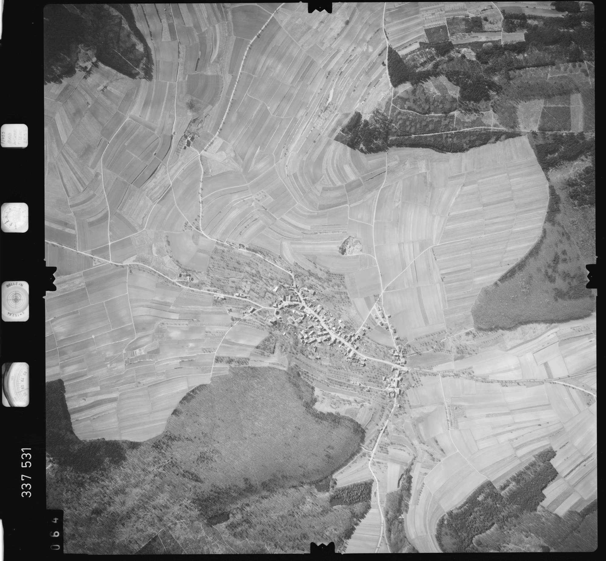 Luftbild: Film 50 Bildnr. 64, Bild 1