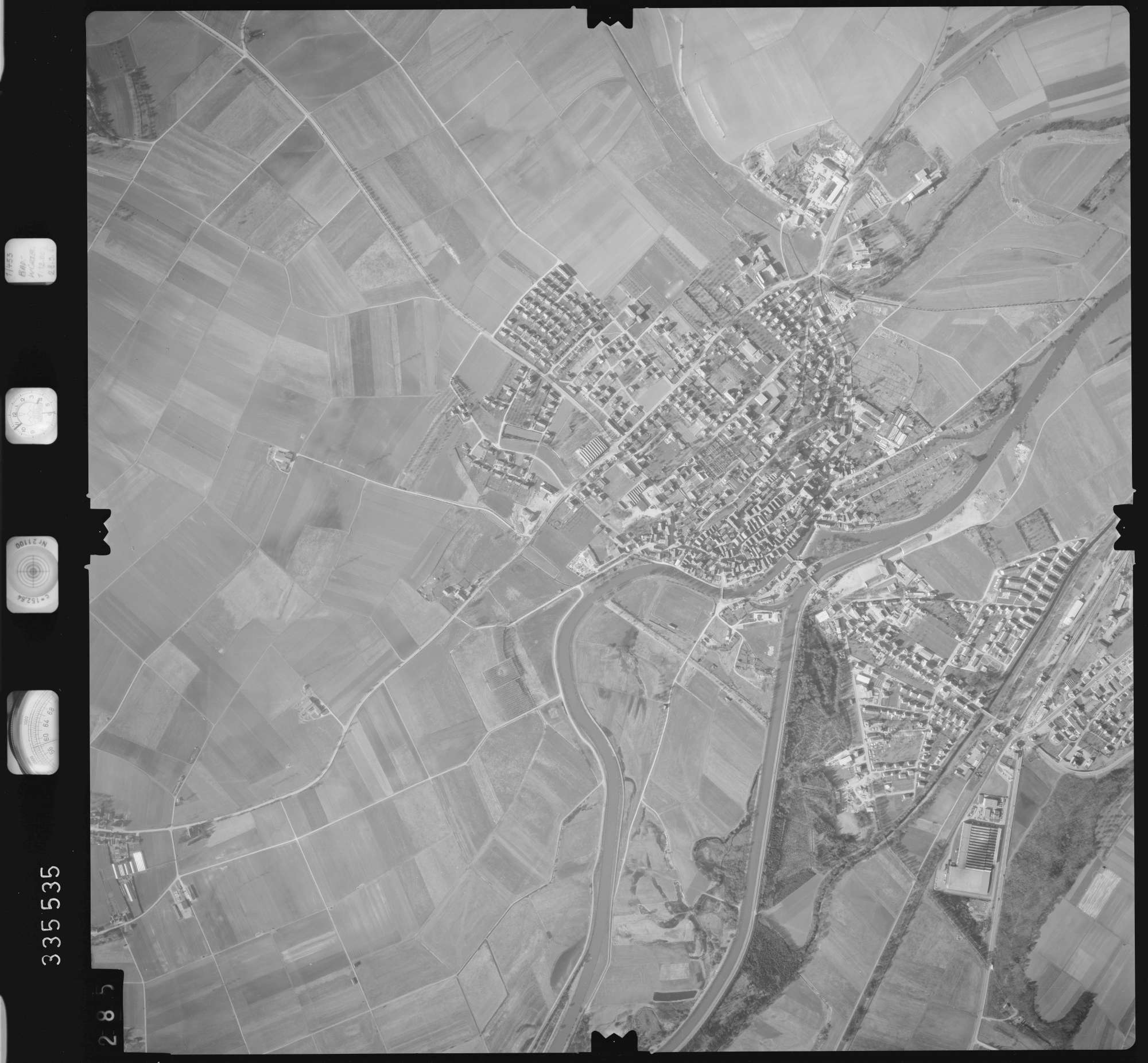 Luftbild: Film 51 Bildnr. 285, Bild 1