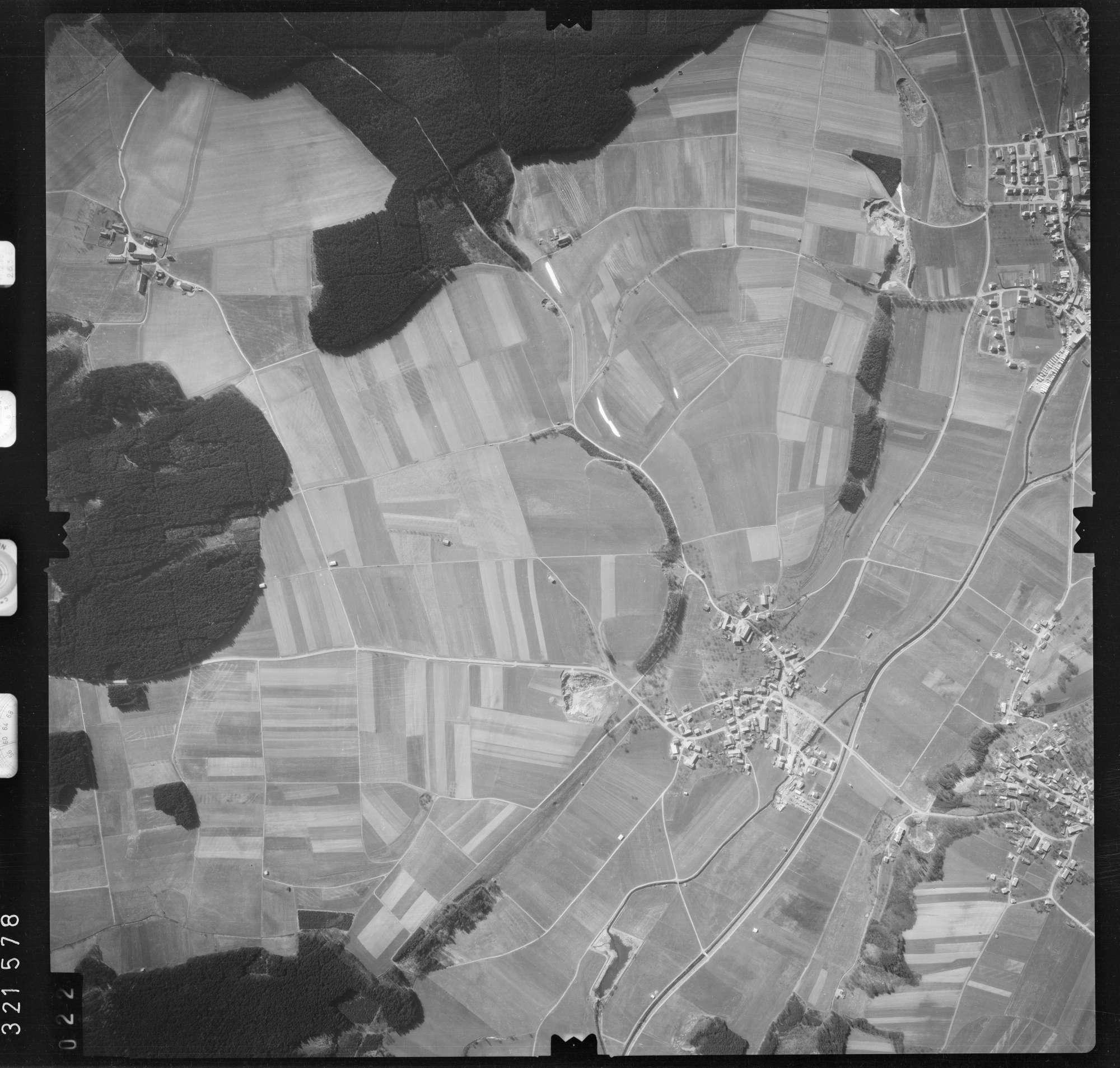 Luftbild: Film 53 Bildnr. 22, Bild 1